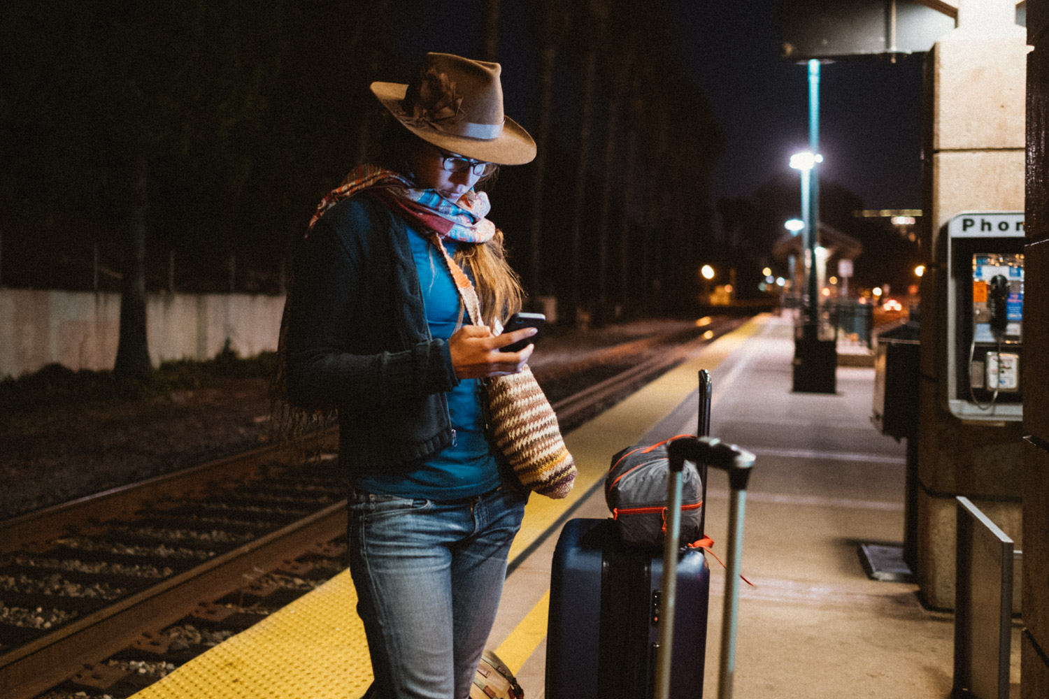 Waiting for the train in Ventura