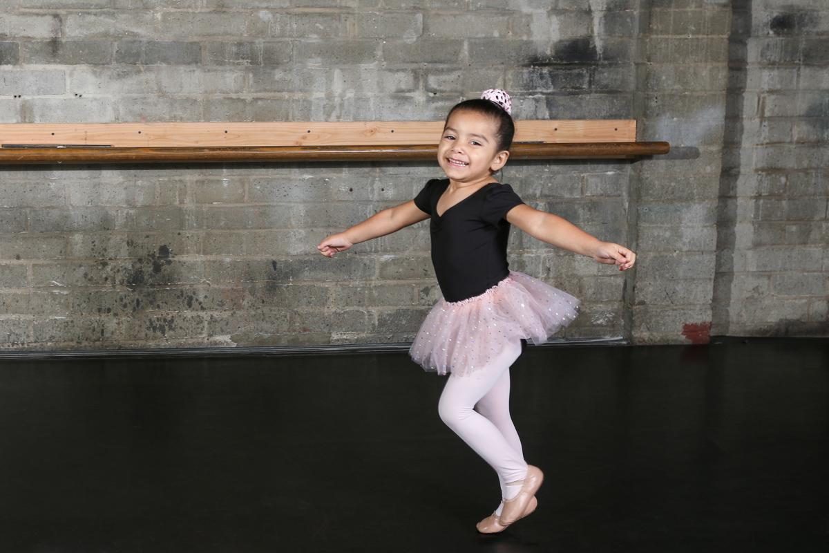 Dance Friday 1001.jpg