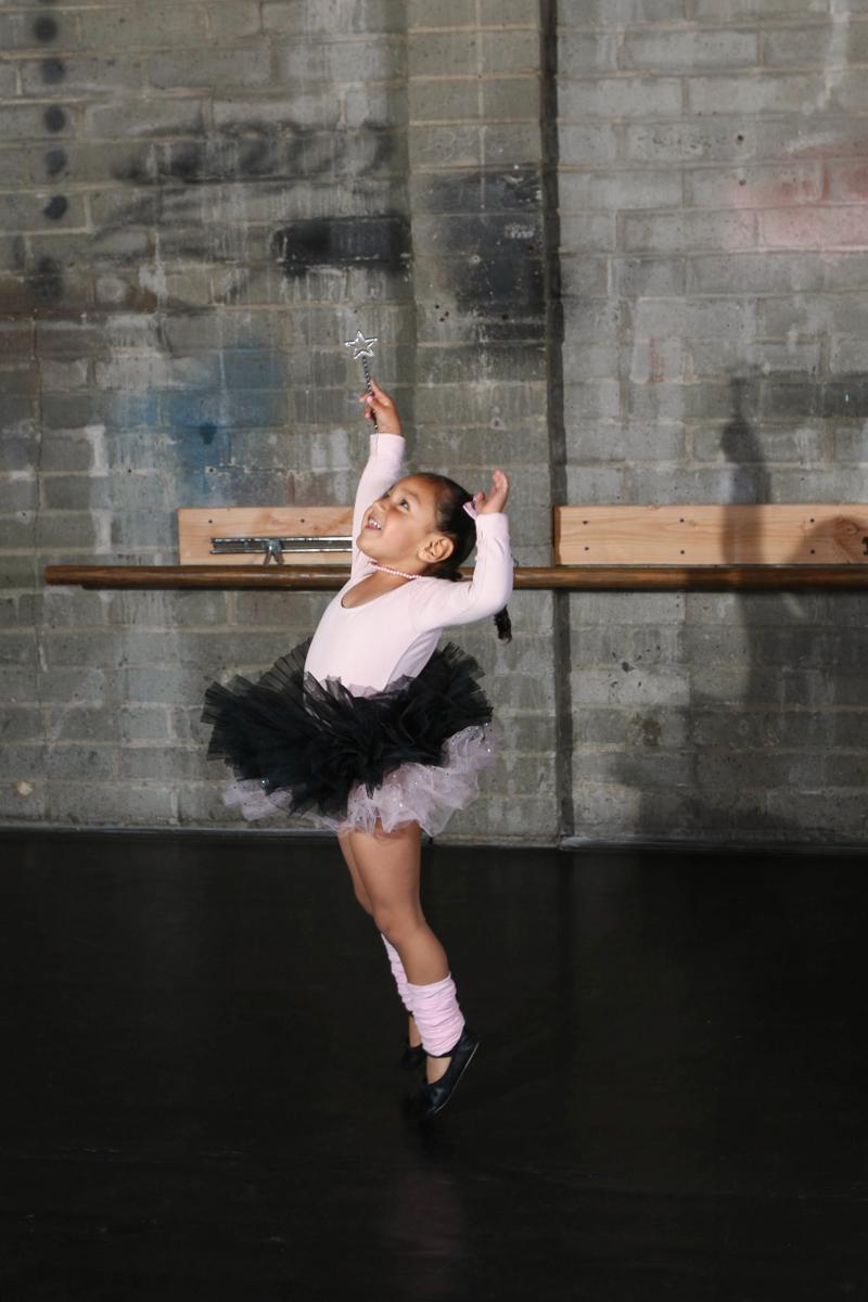 Dance Saturday 0956.jpg