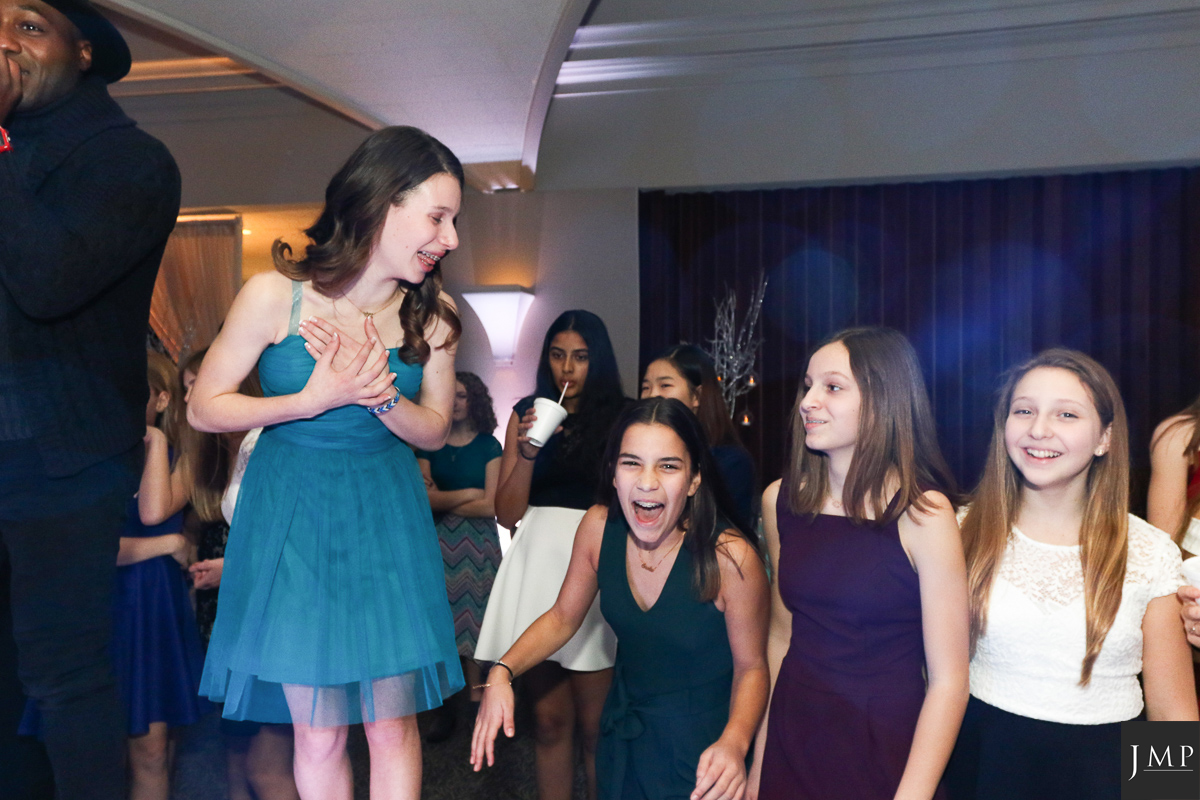Bat Mitzvah Photograher-15.jpg