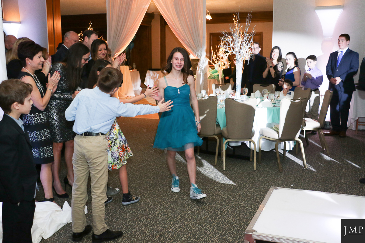 Bat Mitzvah Photograher-17.jpg