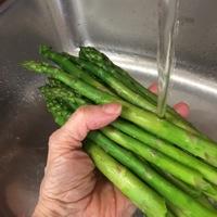 Rinsing Asparagus.jpg