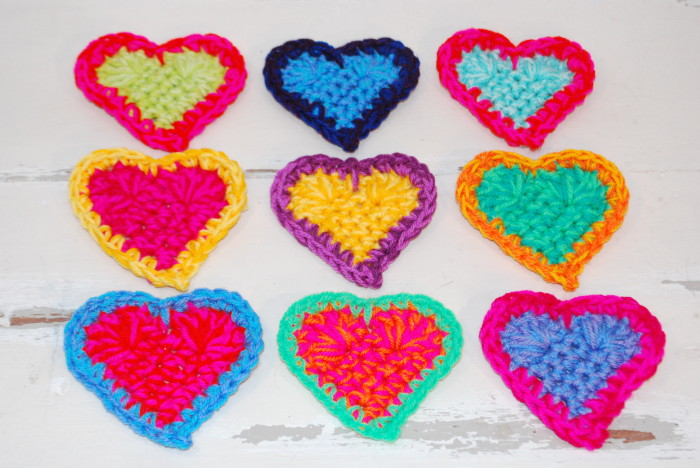 9 colourful crochet hearts