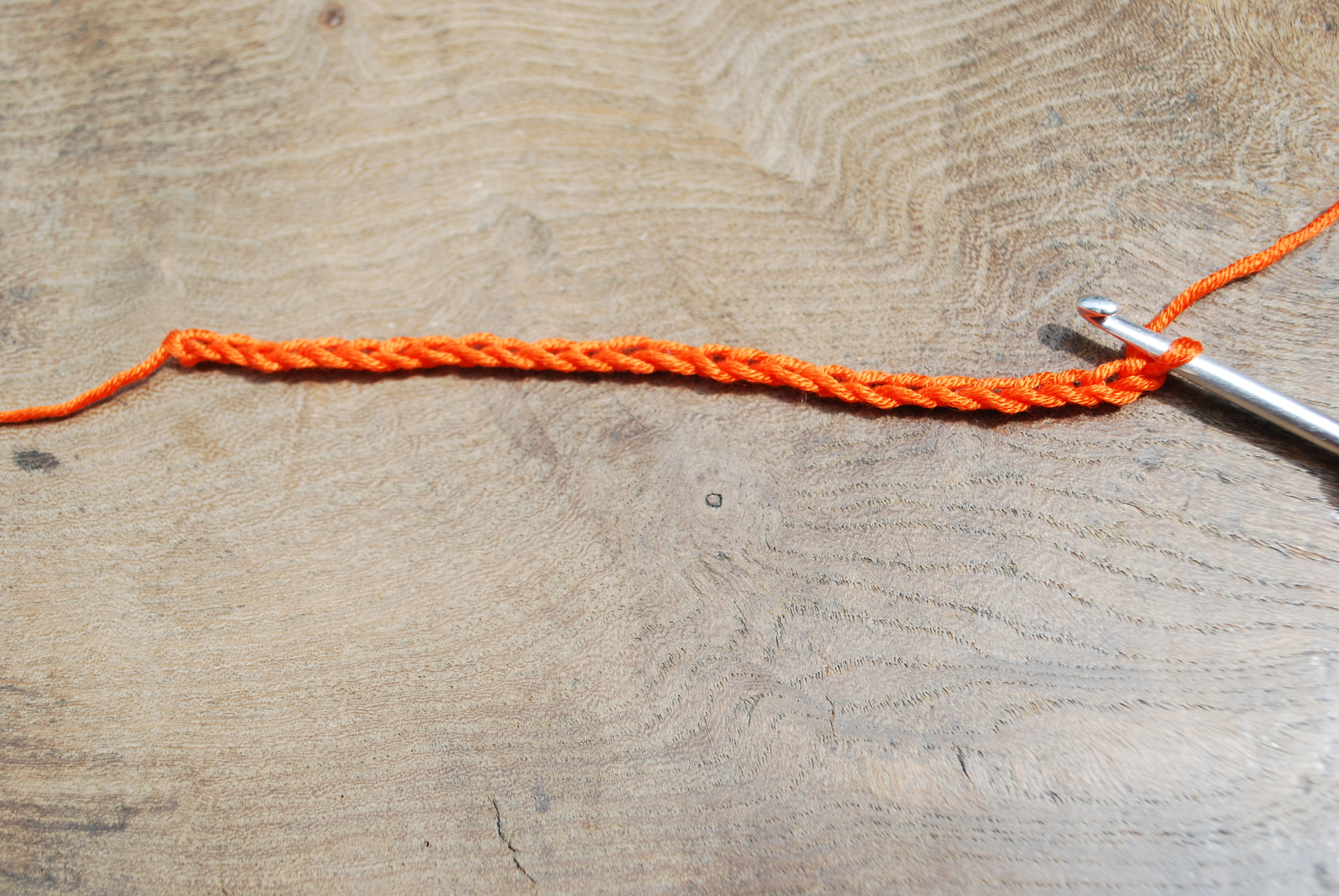 Crochet Rose tutorial step 1