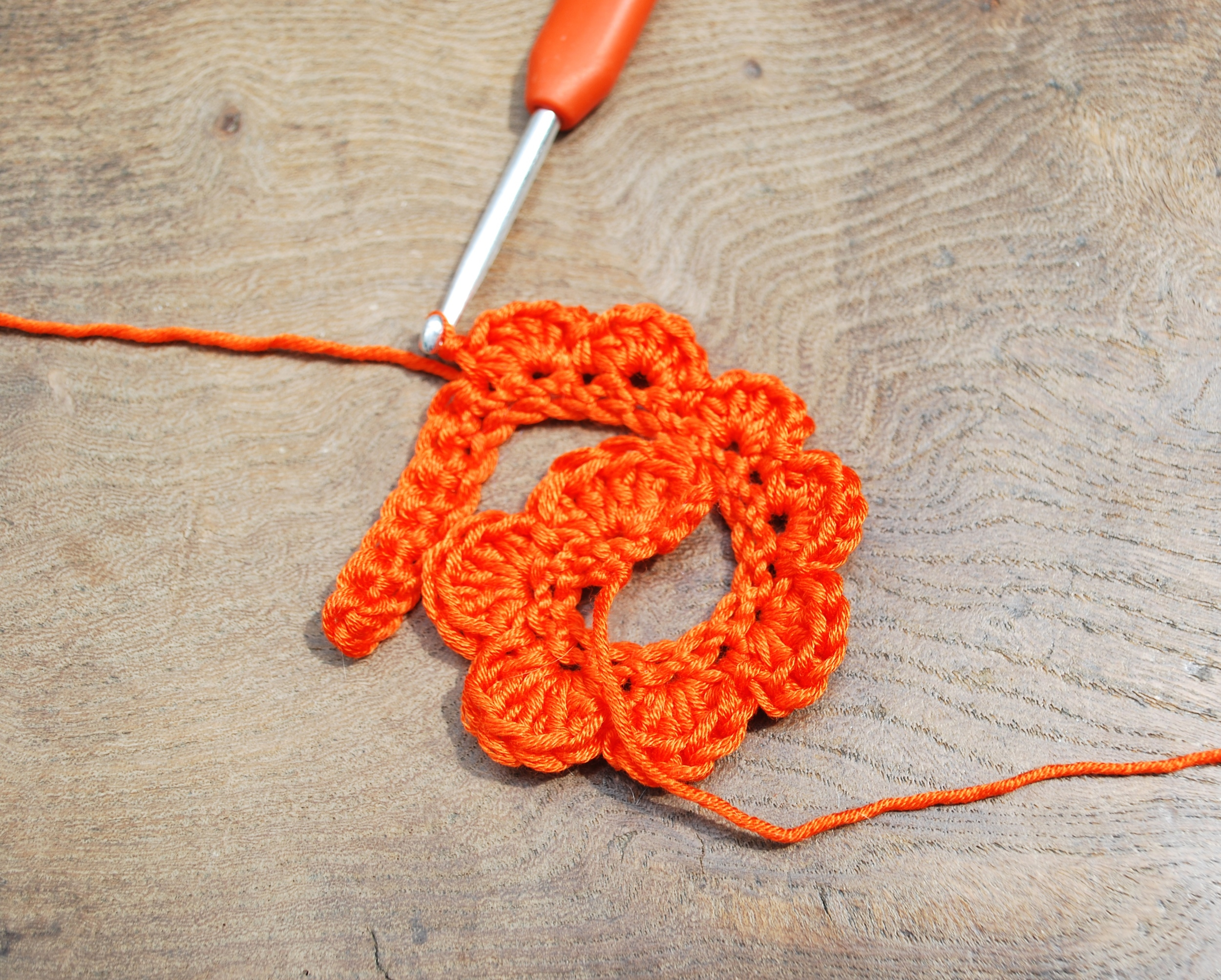 Crochet Rose tutorial step 5