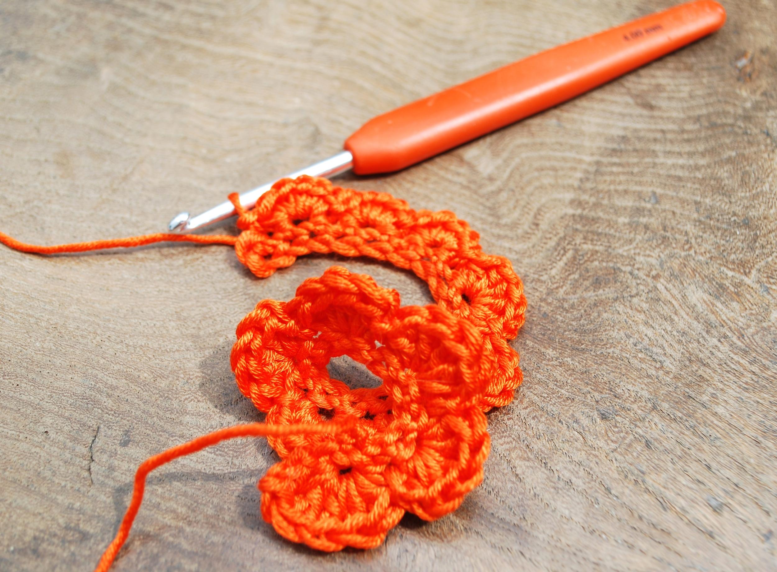Crochet Rose tutorial step 7