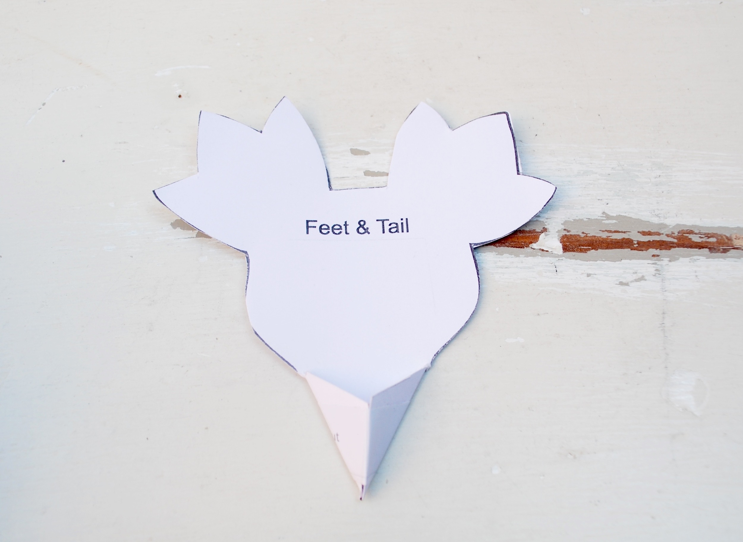 Penguin Paper Pet tutorial - template for tail