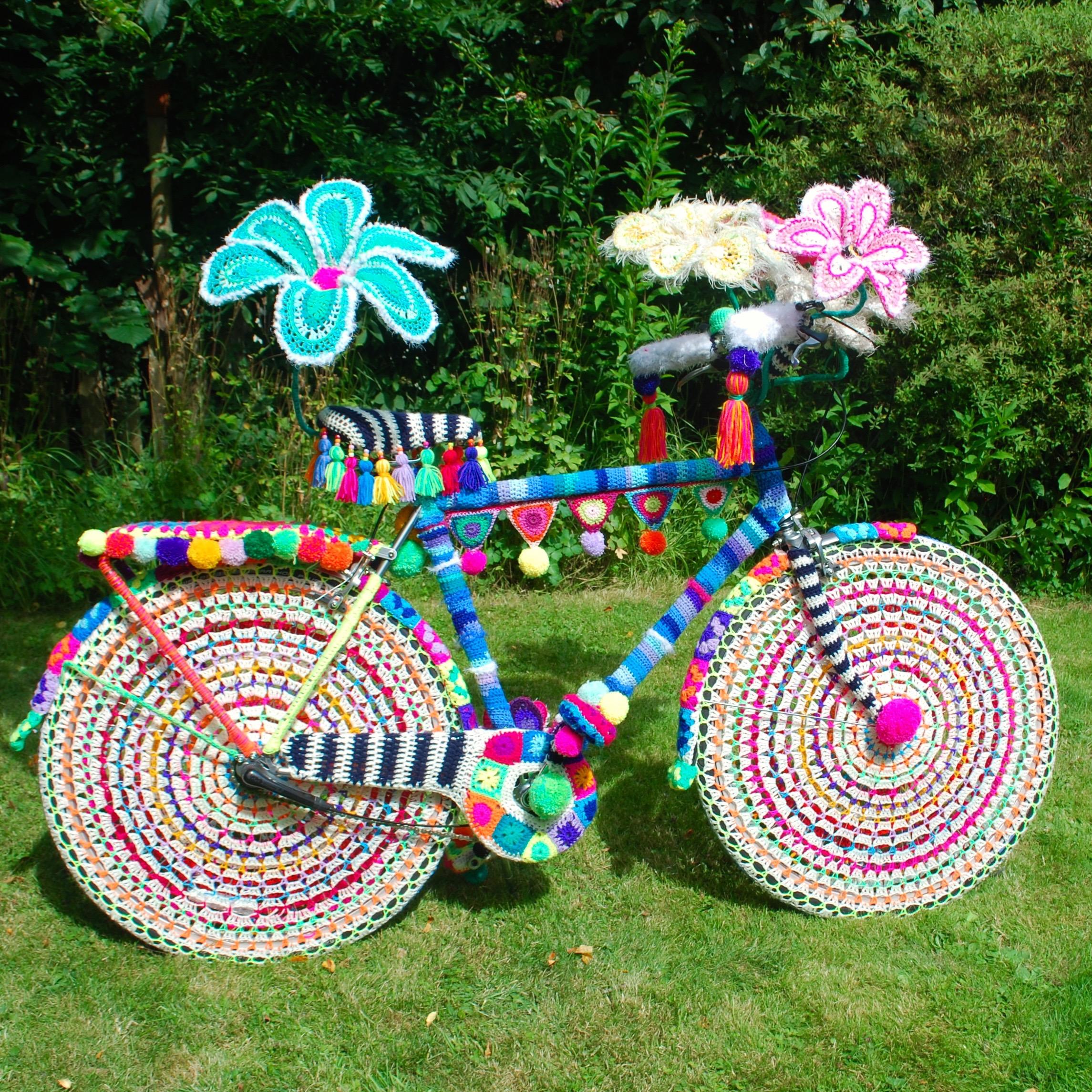 Rio Carnival in wool - yarn bomb bike by Emma Leith