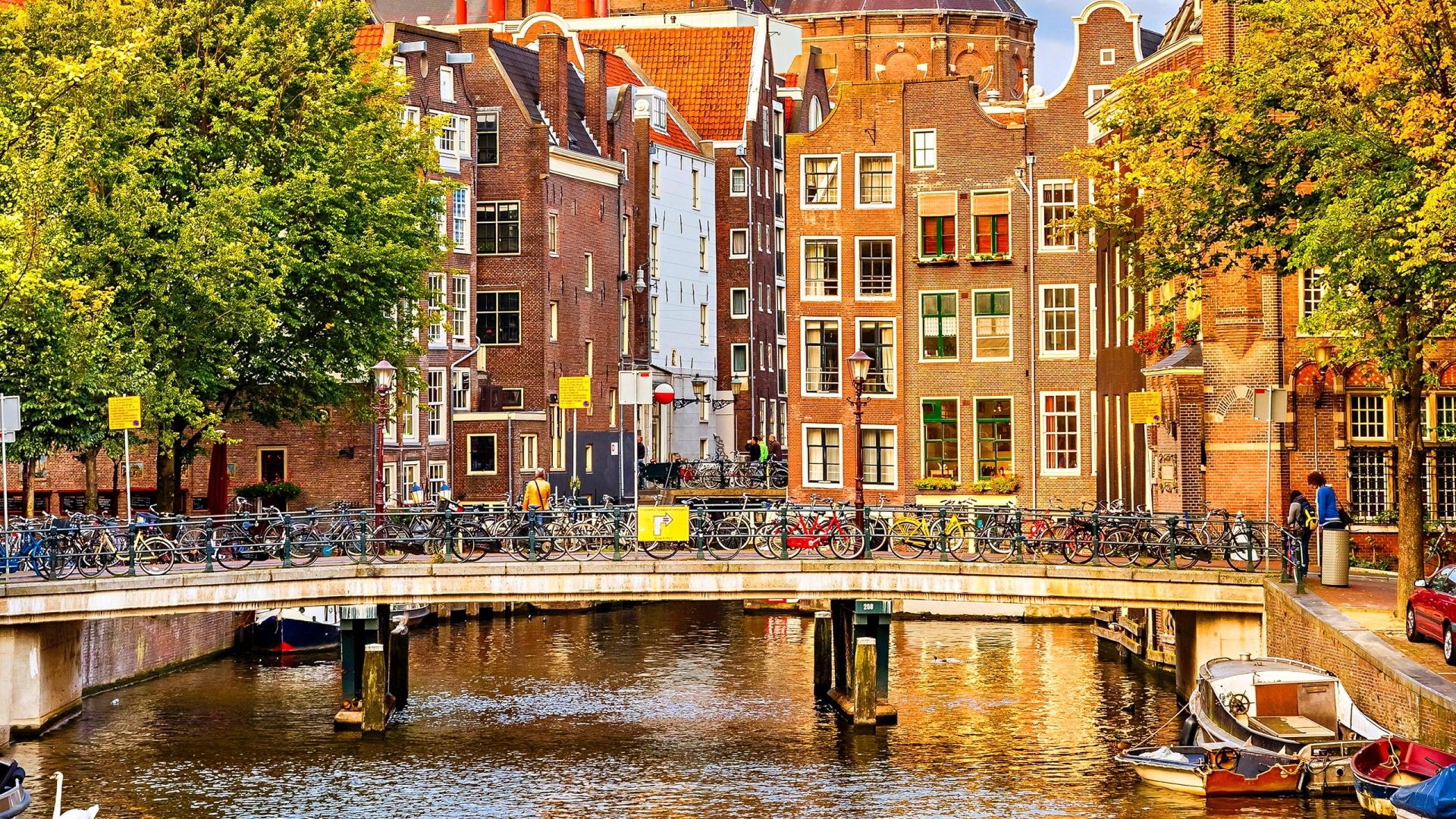 amsterdam-holland-1920x1080.jpg