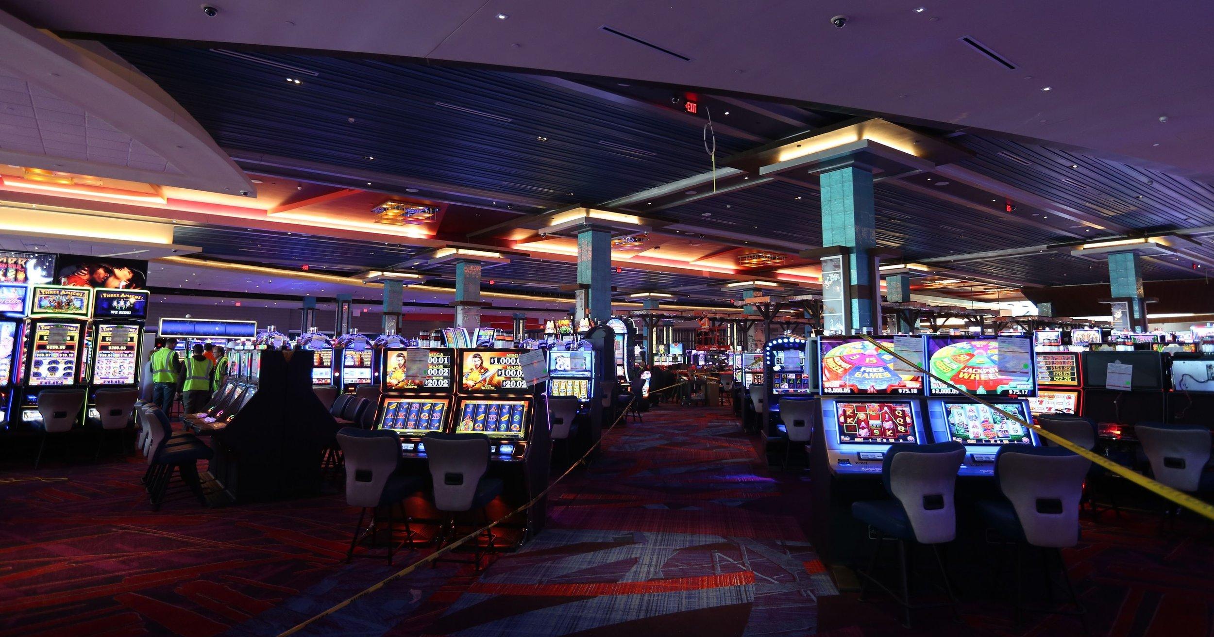 636528238864871379-pc012518-casino-world-5.jpg