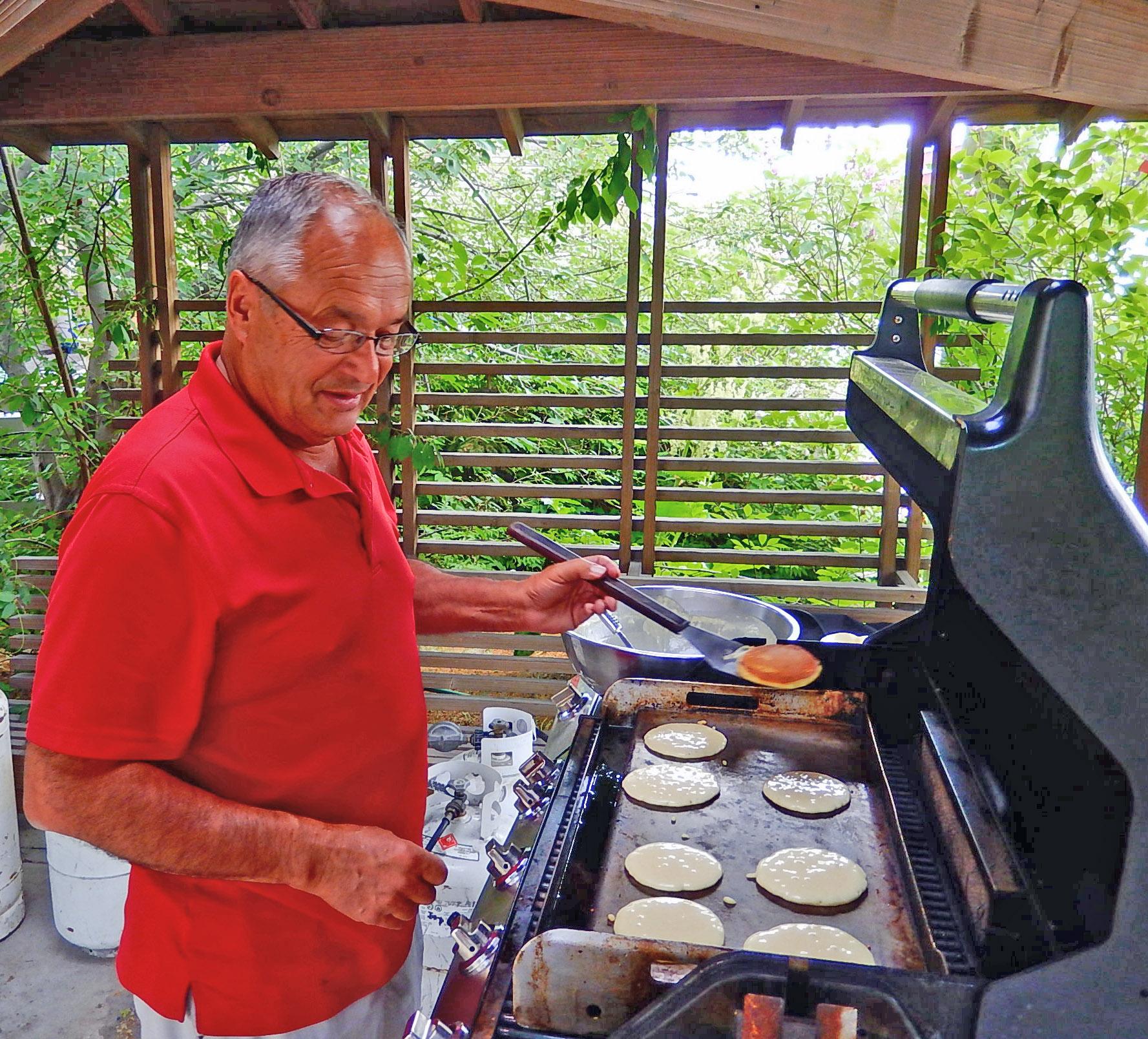 Seniors Breakfast1 (2).jpg