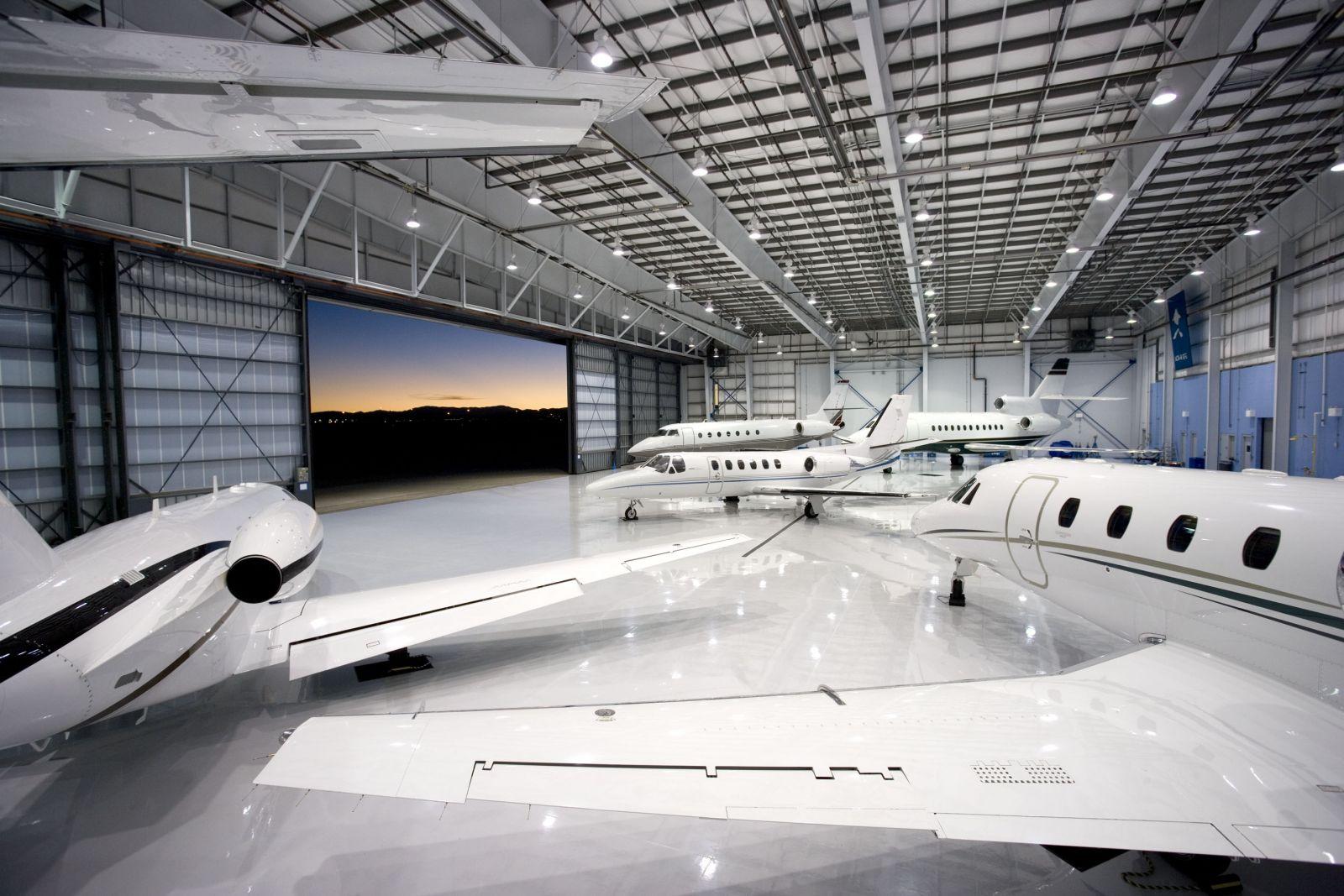 Hangar X2(2).JPG