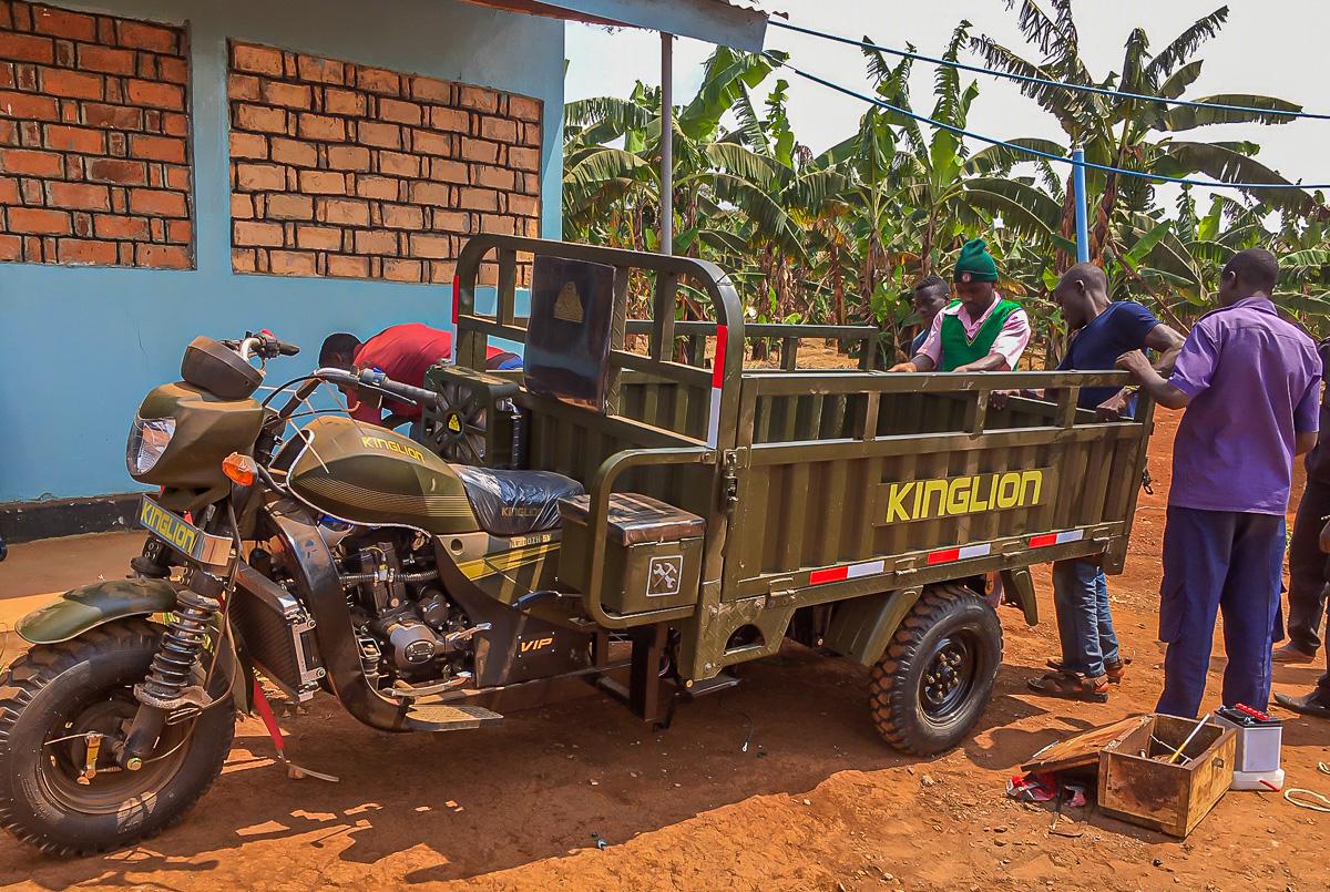 three-wheel motorcycle 7.jpg