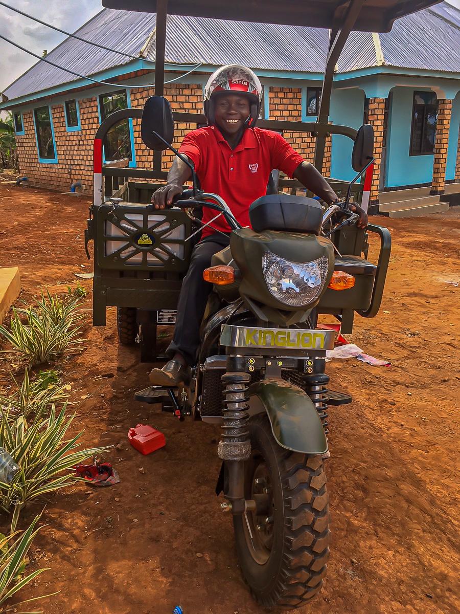 three-wheel motorcycle 9.jpg