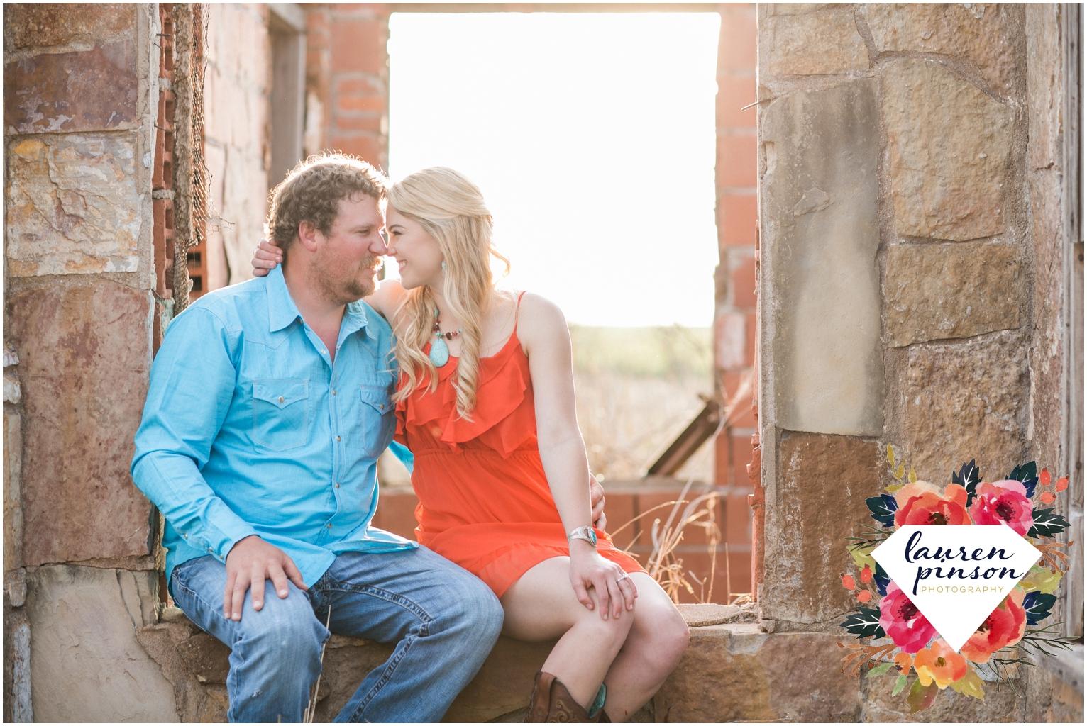 wichita-falls-wedding-photographer-engagement-session-texas-photography-oklahoma-engagement-wedding-photography_0638.jpg