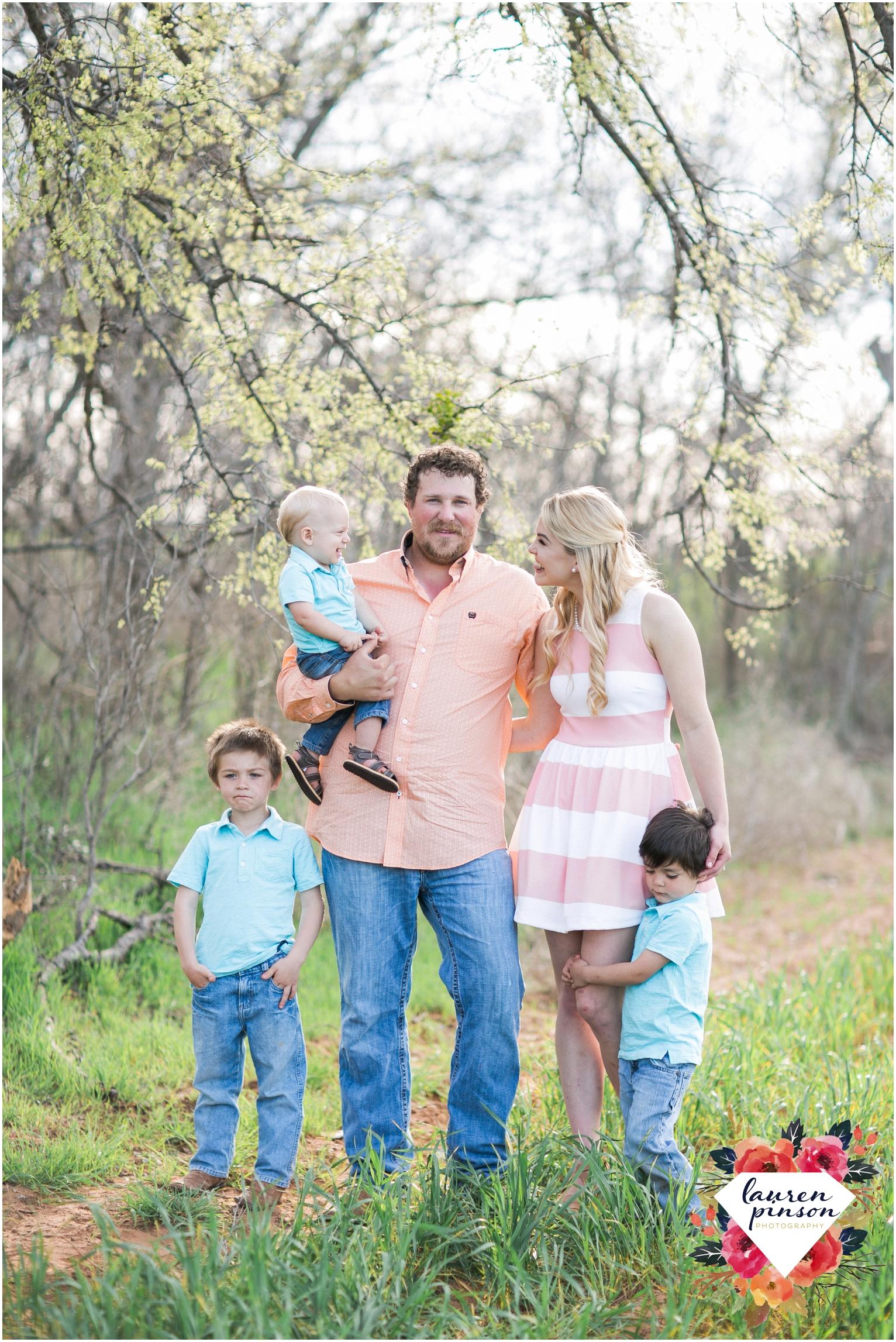 wichita-falls-wedding-photographer-engagement-session-texas-photography-oklahoma-engagement-wedding-photography_0644.jpg