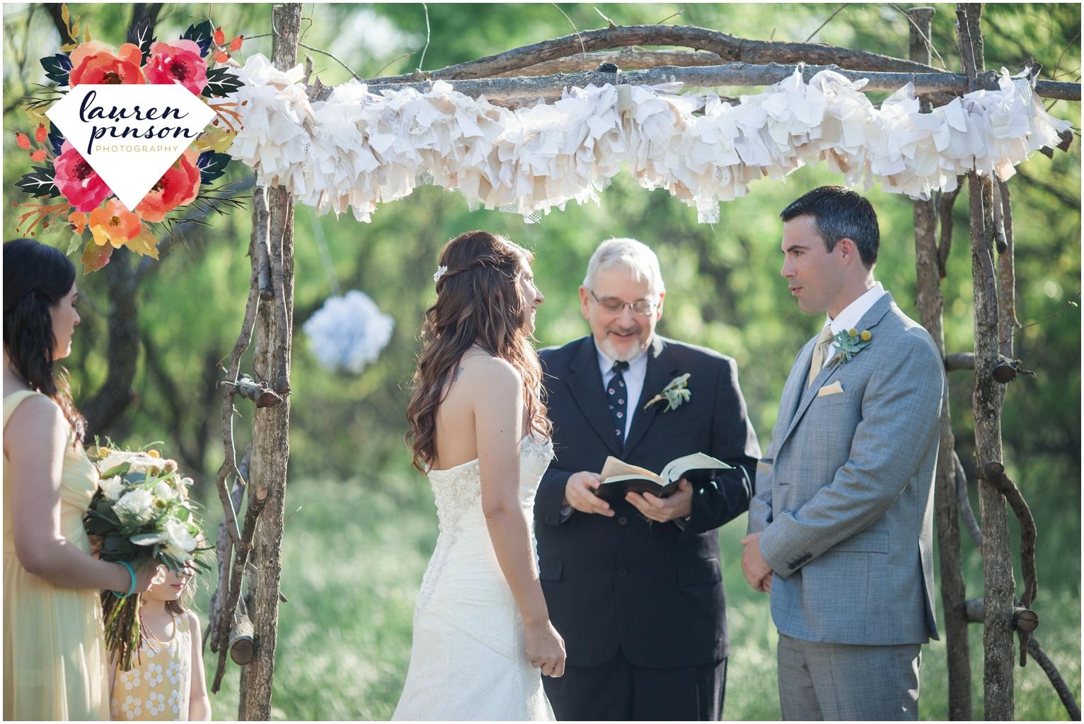 wichita-falls-wedding-photographer-oklahoma-wichita-mountains-bridal-session-bridals-photography_0737.jpg