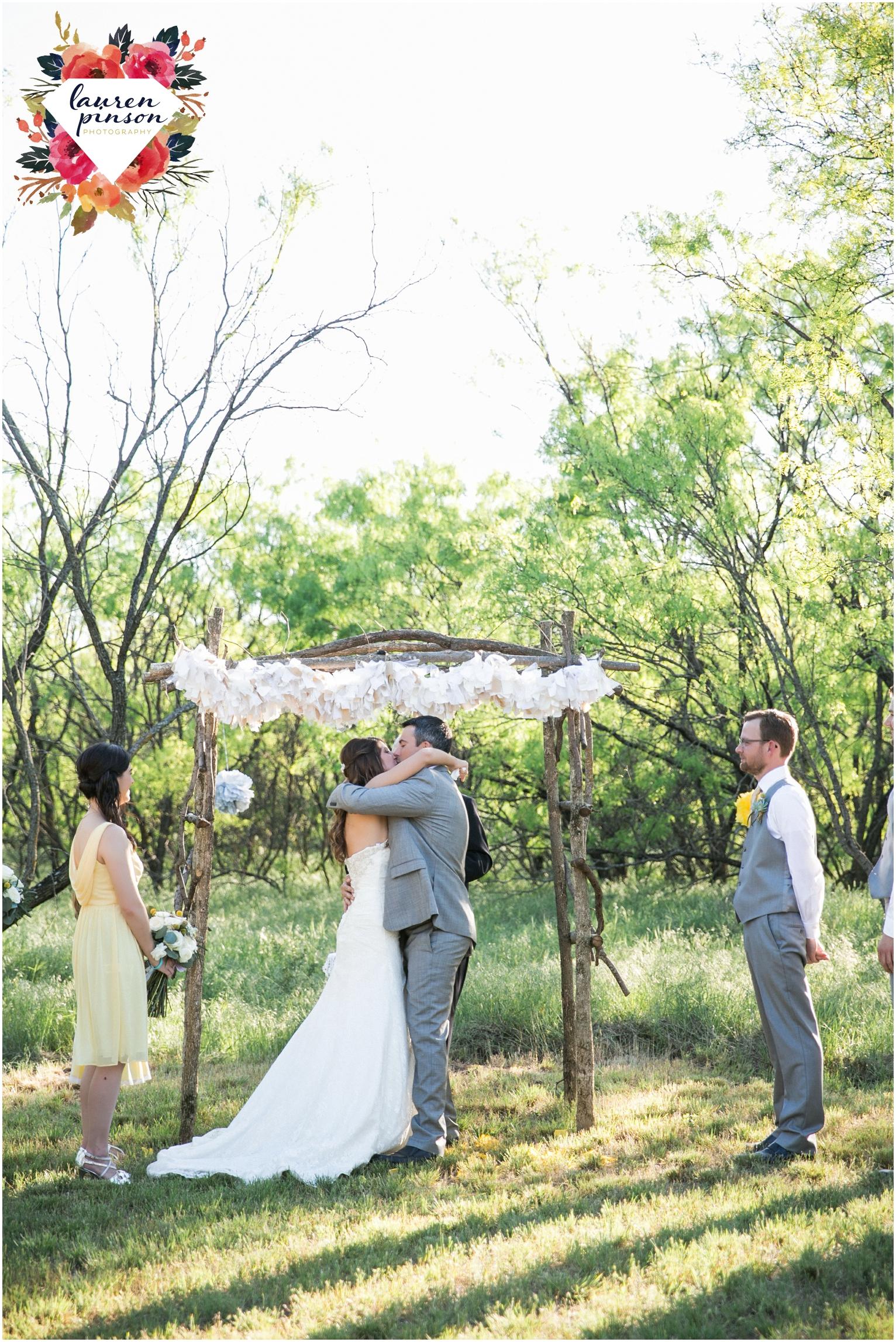 wichita-falls-wedding-photographer-oklahoma-wichita-mountains-bridal-session-bridals-photography_0745.jpg