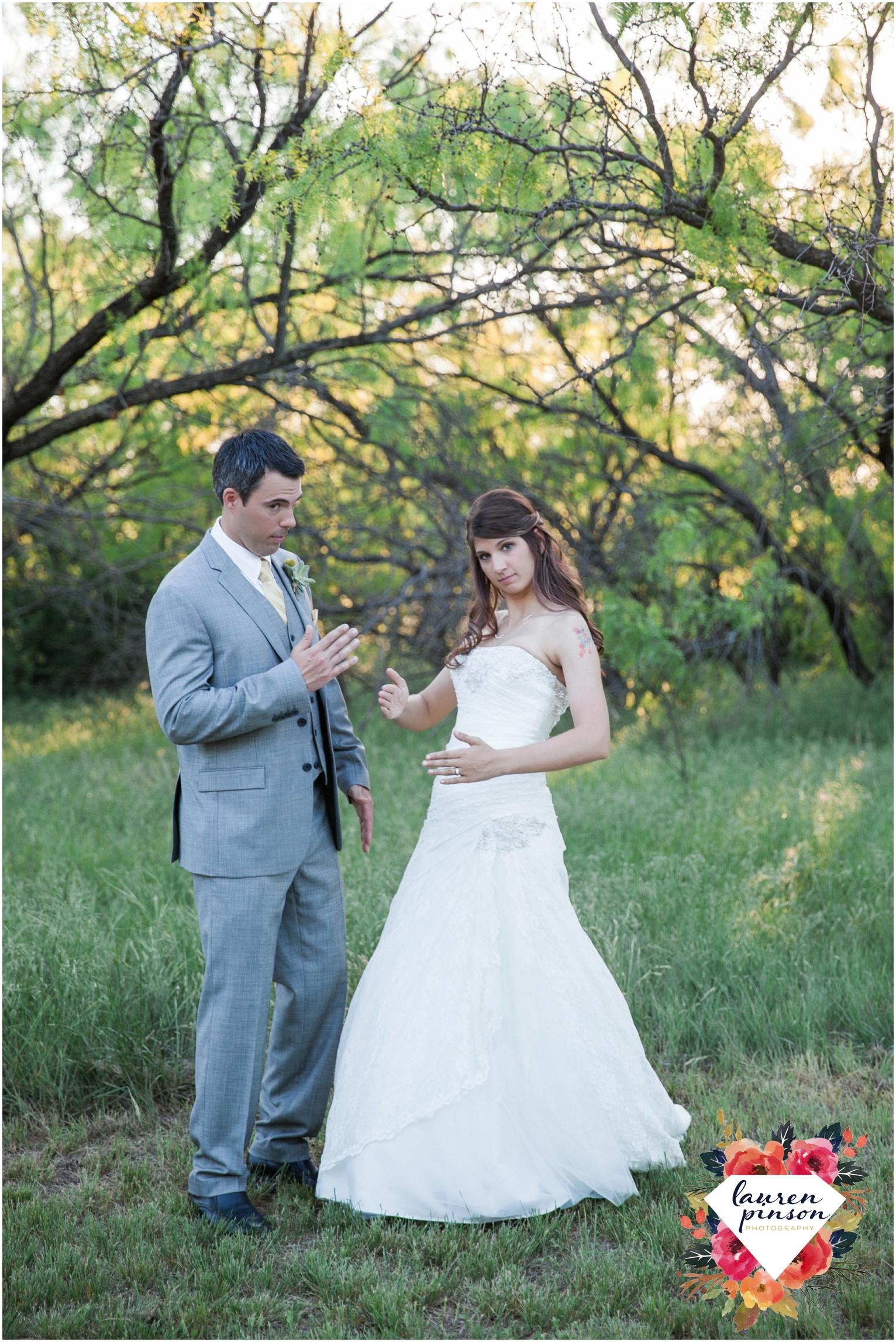 wichita-falls-wedding-photographer-oklahoma-wichita-mountains-bridal-session-bridals-photography_0768.jpg