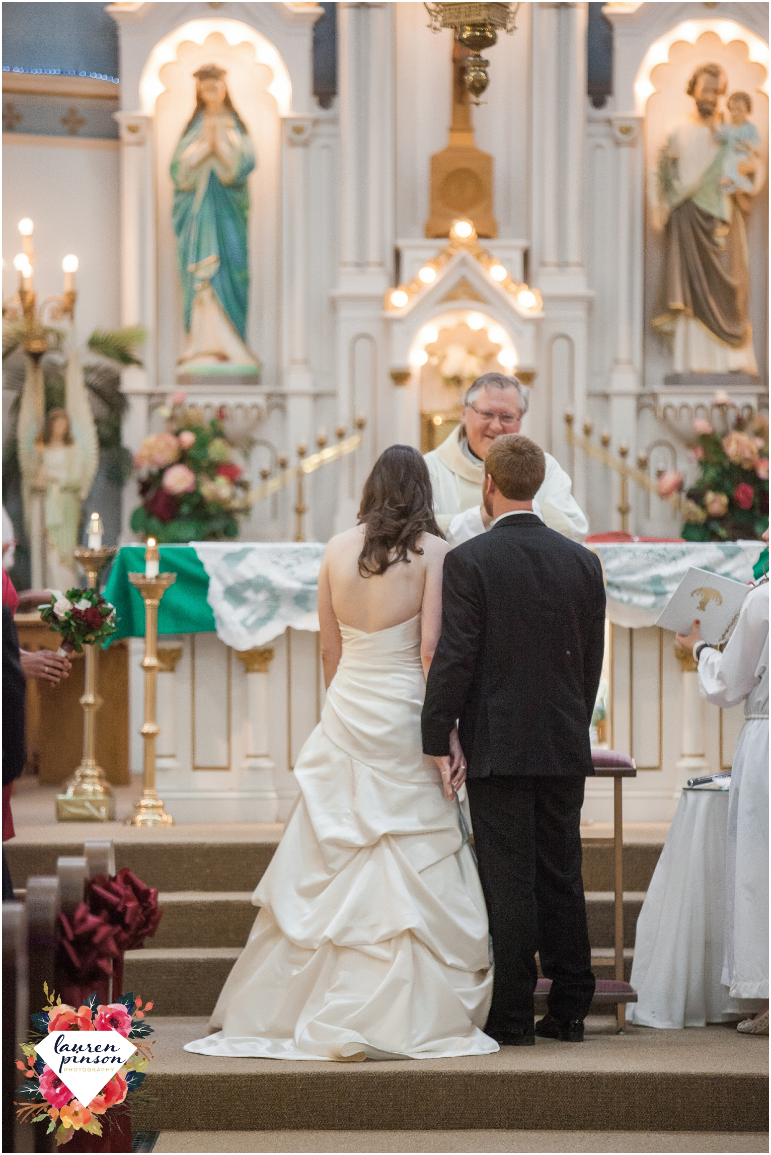 wichita-falls-wedding-photographer-OUR-Lady-queen-of-peace-catholic-wedding-the-forum-photography_0934.jpg