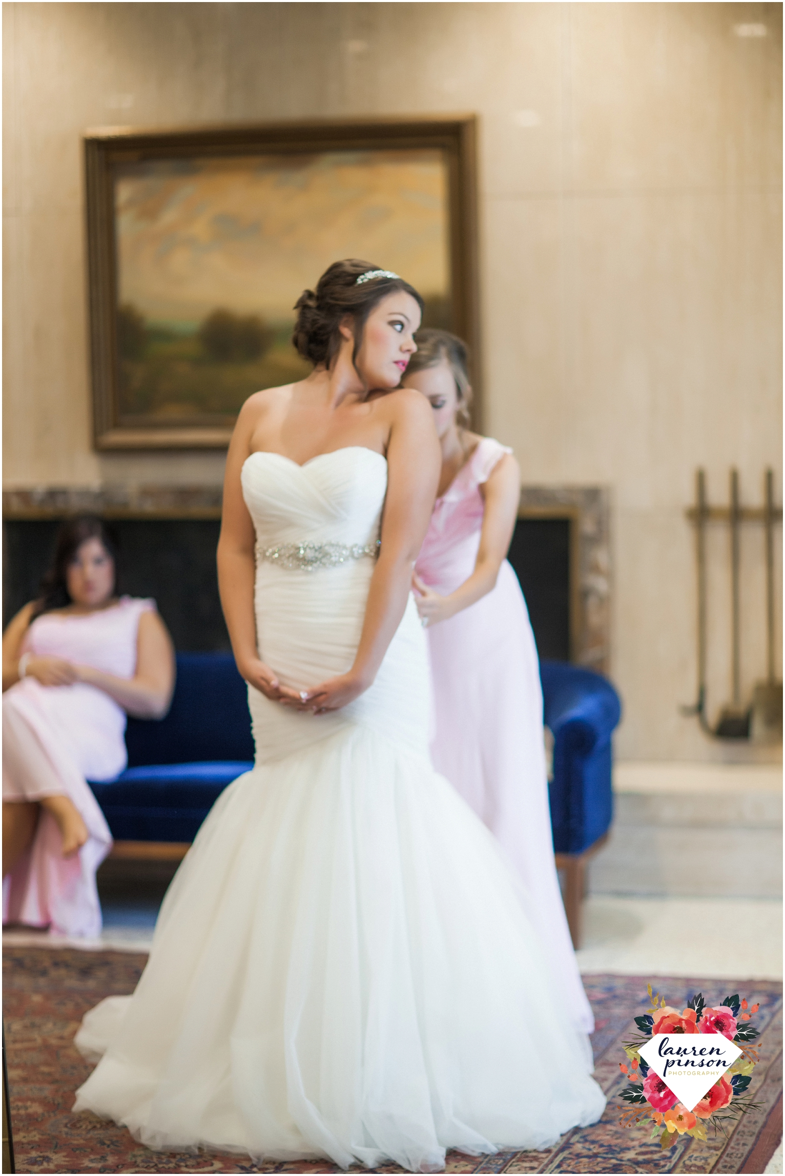wichita-falls-wedding-photographer-kemp-center-at-the-forum-photography-two-clever-chicks_0995.jpg