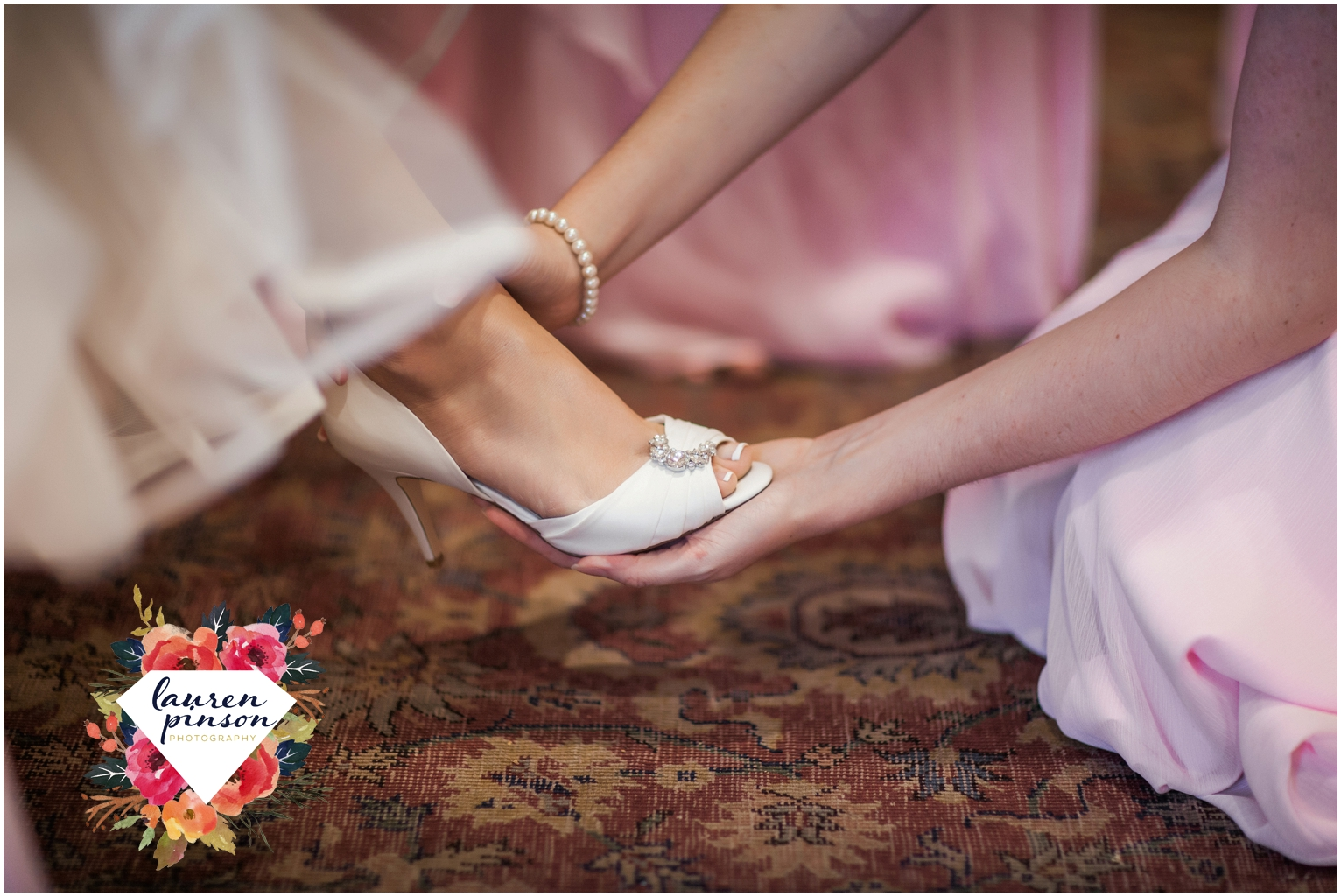 wichita-falls-wedding-photographer-kemp-center-at-the-forum-photography-two-clever-chicks_0998.jpg