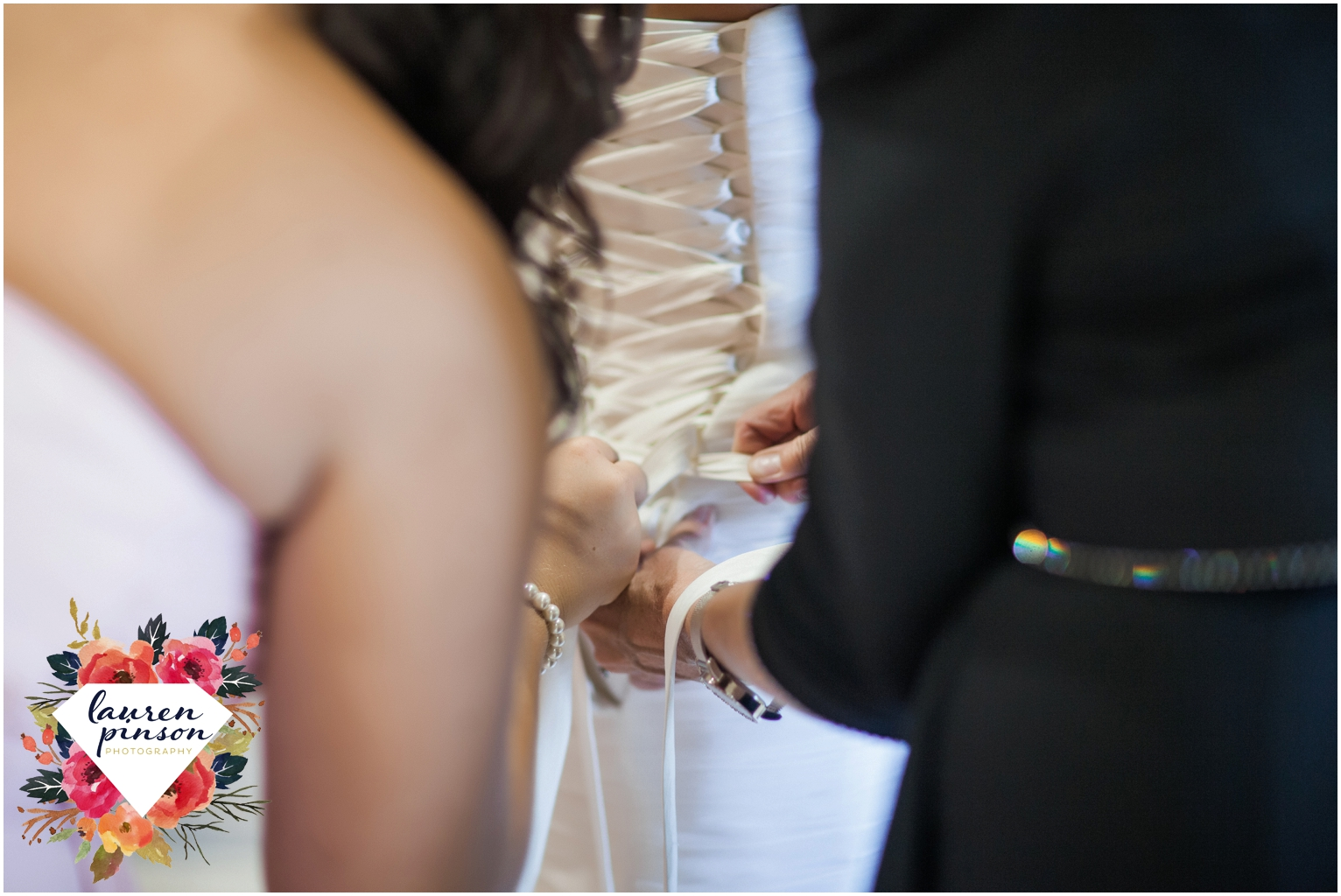 wichita-falls-wedding-photographer-kemp-center-at-the-forum-photography-two-clever-chicks_0999.jpg