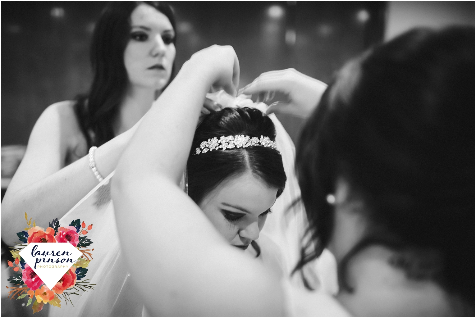 wichita-falls-wedding-photographer-kemp-center-at-the-forum-photography-two-clever-chicks_1001.jpg
