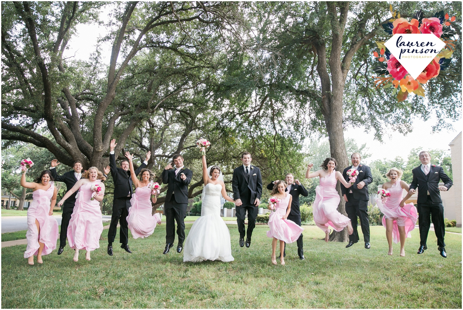 wichita-falls-wedding-photographer-kemp-center-at-the-forum-photography-two-clever-chicks_1017.jpg