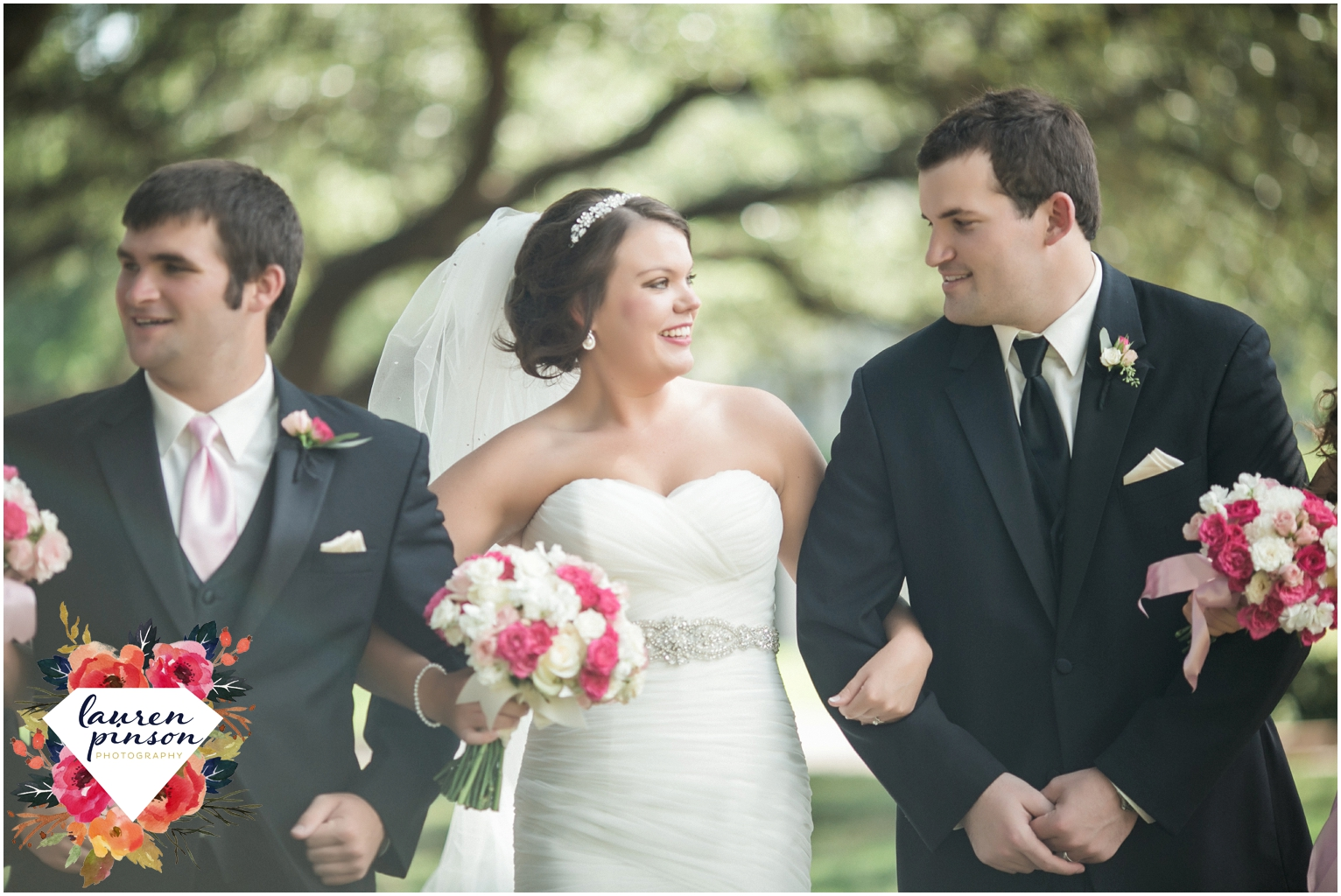 wichita-falls-wedding-photographer-kemp-center-at-the-forum-photography-two-clever-chicks_1019.jpg