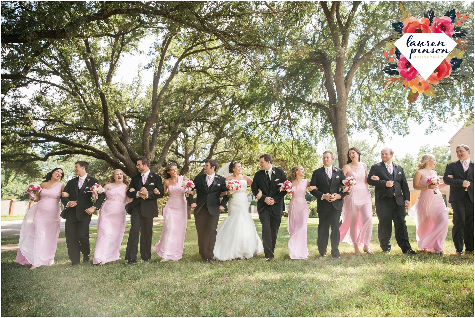 wichita-falls-wedding-photographer-kemp-center-at-the-forum-photography-two-clever-chicks_1020.jpg