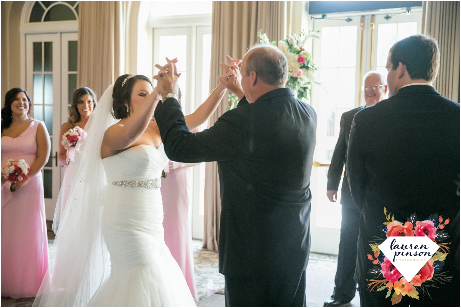 wichita-falls-wedding-photographer-kemp-center-at-the-forum-photography-two-clever-chicks_1043.jpg