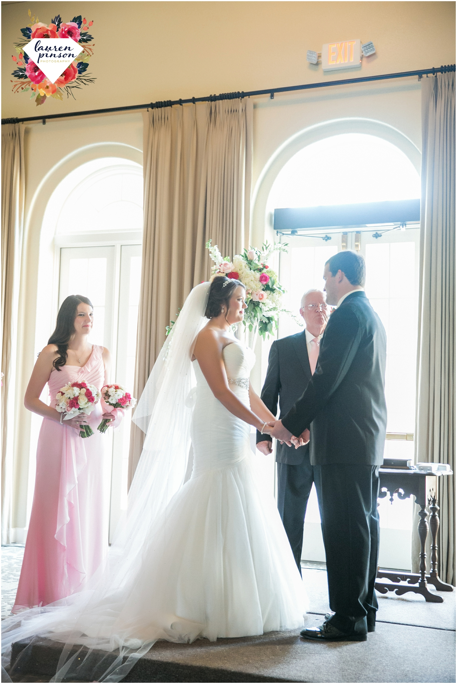 wichita-falls-wedding-photographer-kemp-center-at-the-forum-photography-two-clever-chicks_1046.jpg
