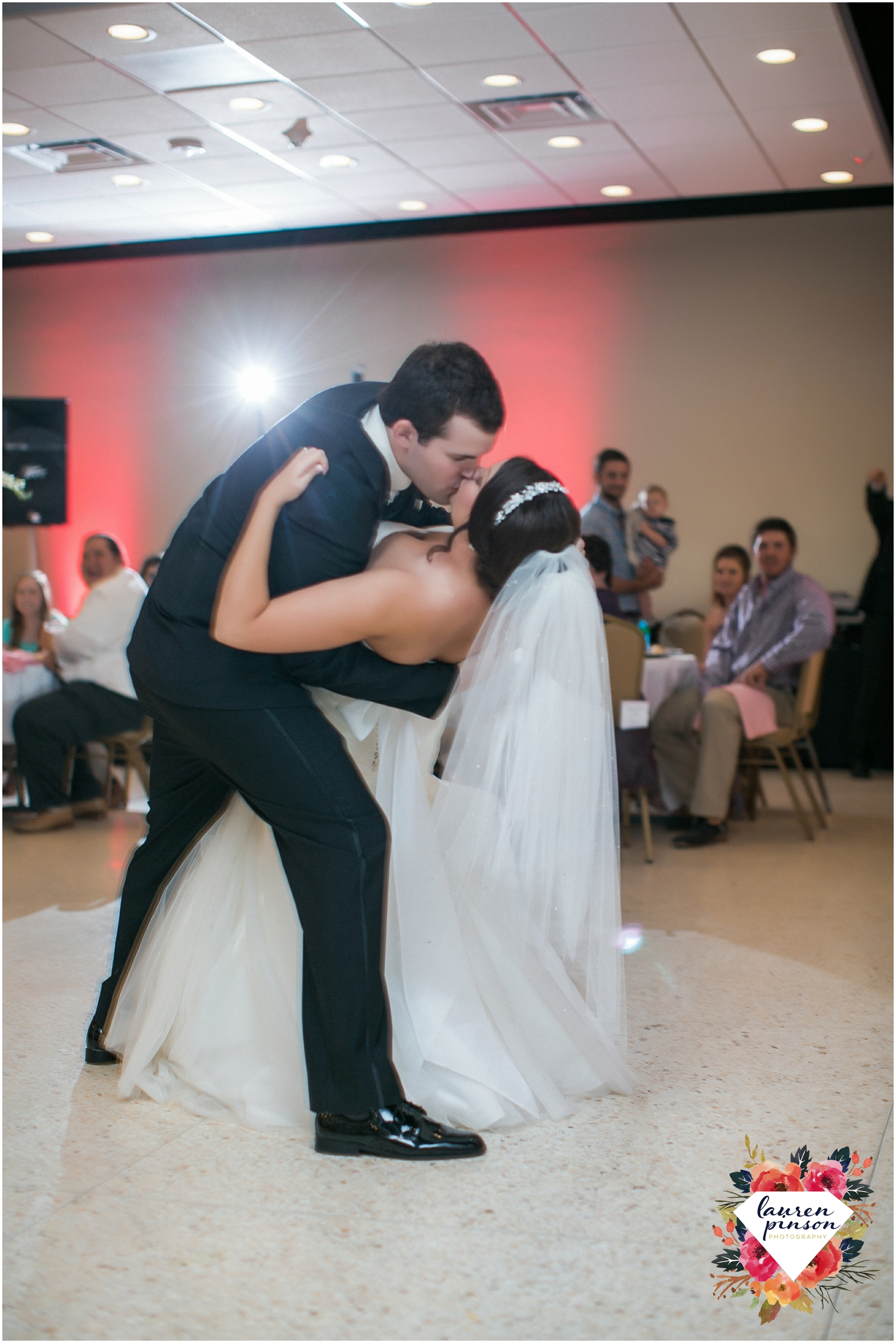 wichita-falls-wedding-photographer-kemp-center-at-the-forum-photography-two-clever-chicks_1068.jpg