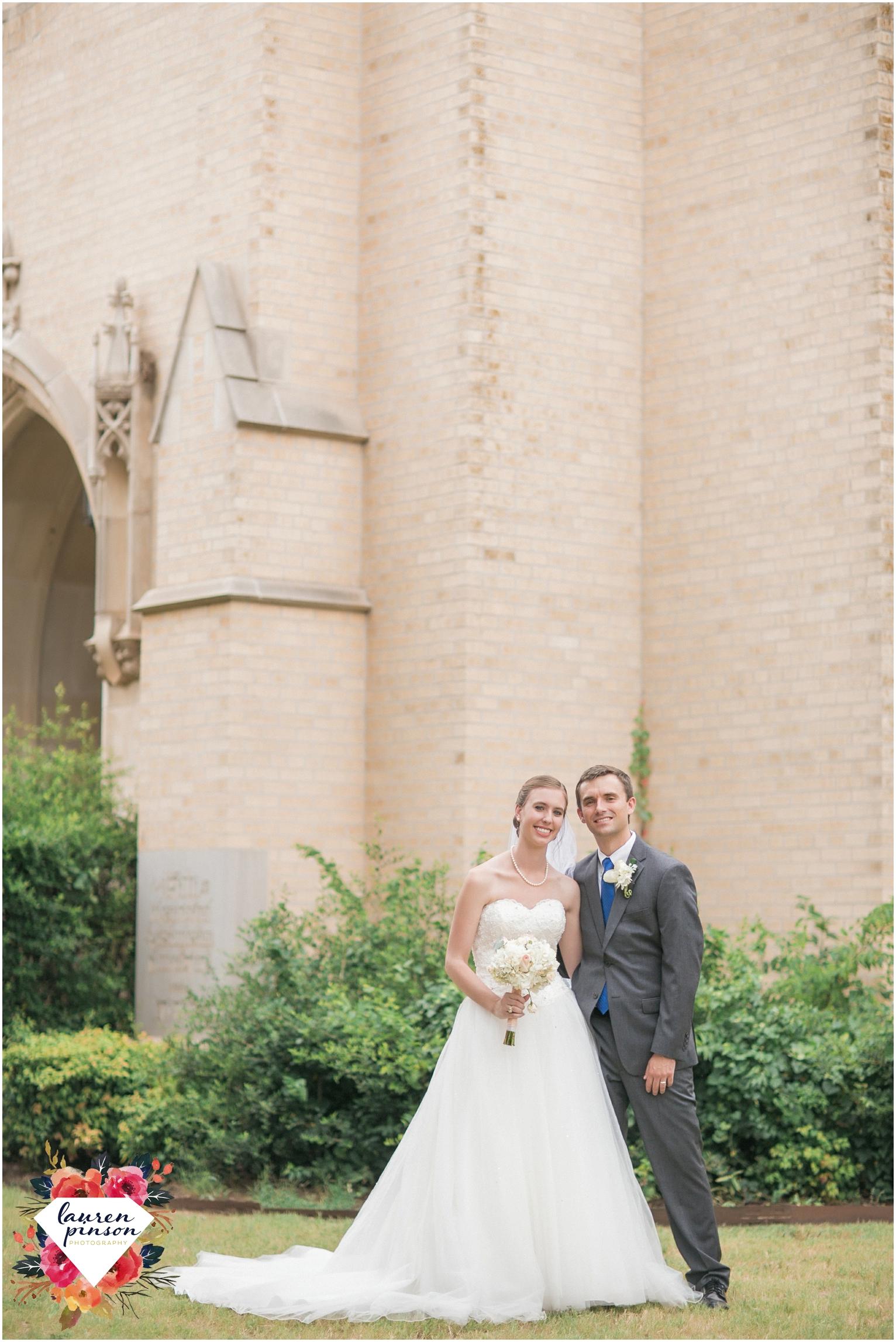 wichita-falls-wedding-photography-at-fain-presbyterian-church-and-the-wellington-timeless-classic-modern-photographer_1165.jpg