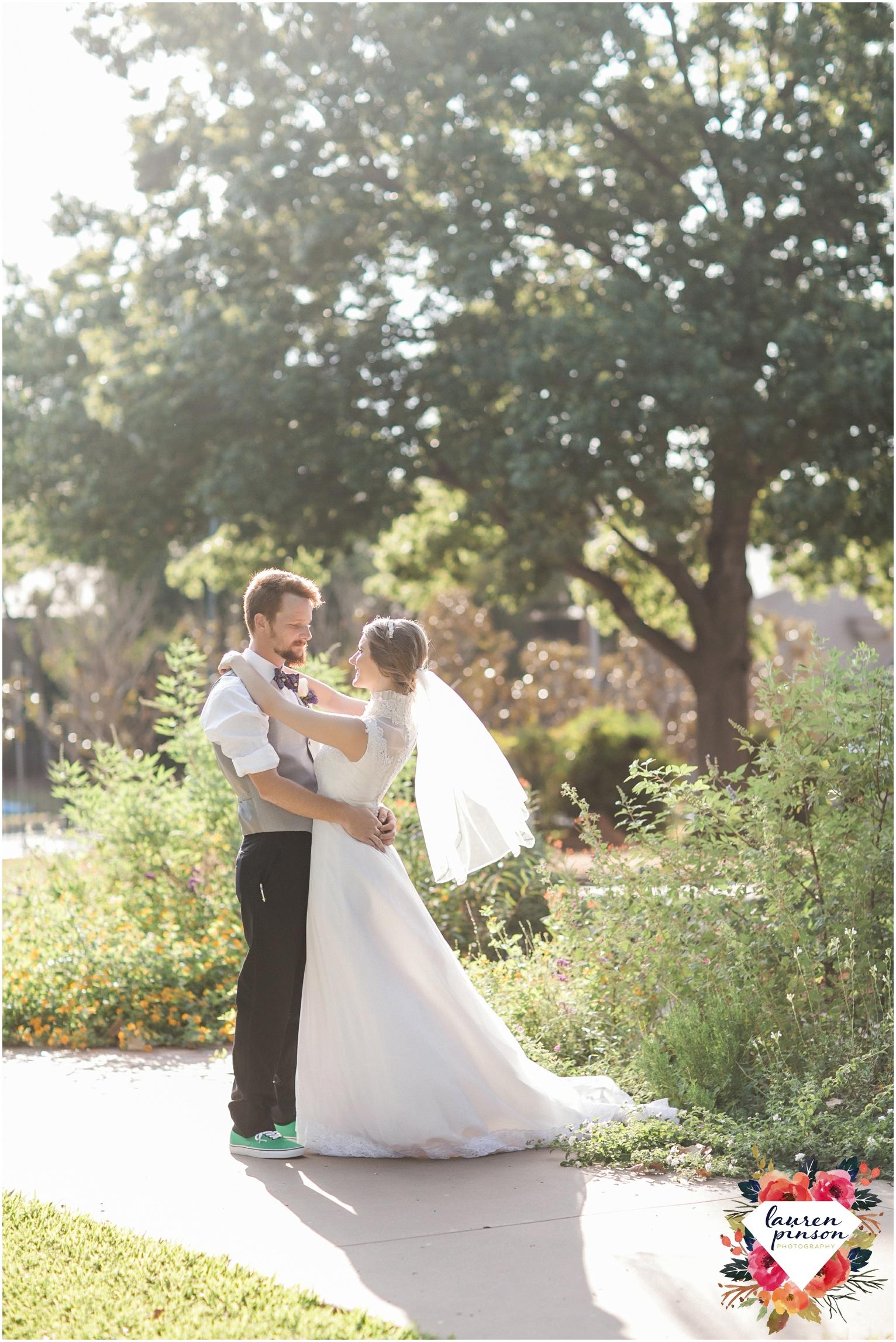 wichita-falls-wedding-photography-at-fain-presbyterian-church-and-the-wellington-timeless-classic-modern-photographer_1249.jpg