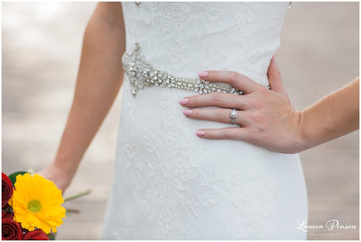 fort-worth-bridal-session-at-the-stockyards-fort-worth-wedding-photographer-wichita-falls-wedding-photographer_1319.jpg