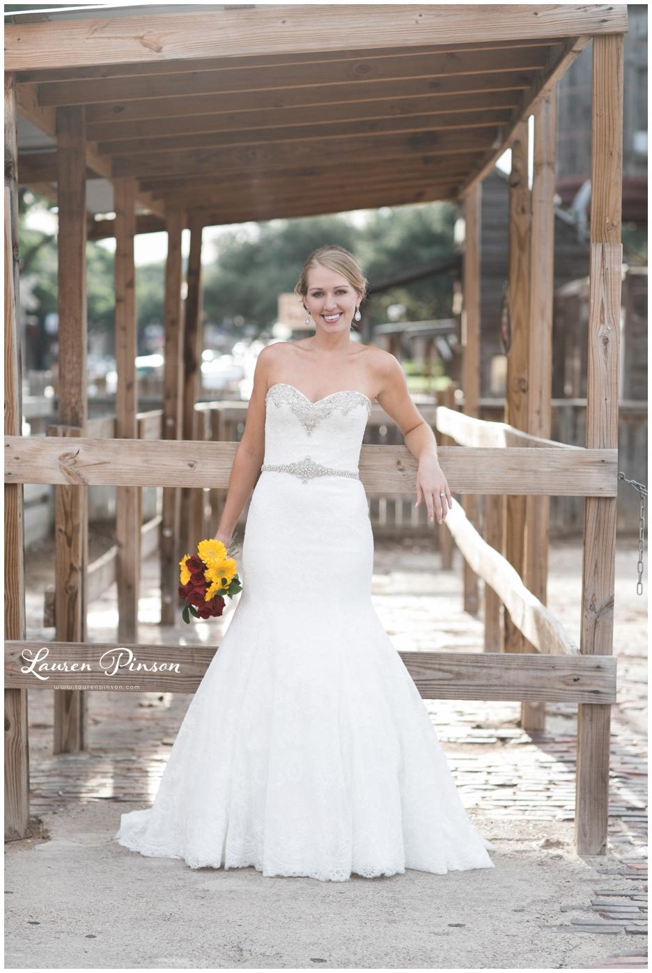 fort-worth-bridal-session-at-the-stockyards-fort-worth-wedding-photographer-wichita-falls-wedding-photographer_1325.jpg