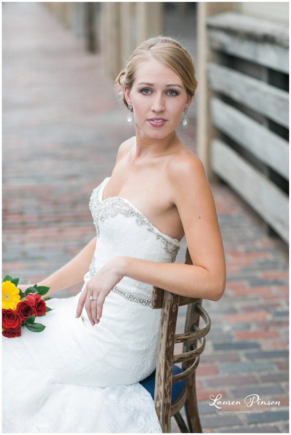 fort-worth-bridal-session-at-the-stockyards-fort-worth-wedding-photographer-wichita-falls-wedding-photographer_1327.jpg