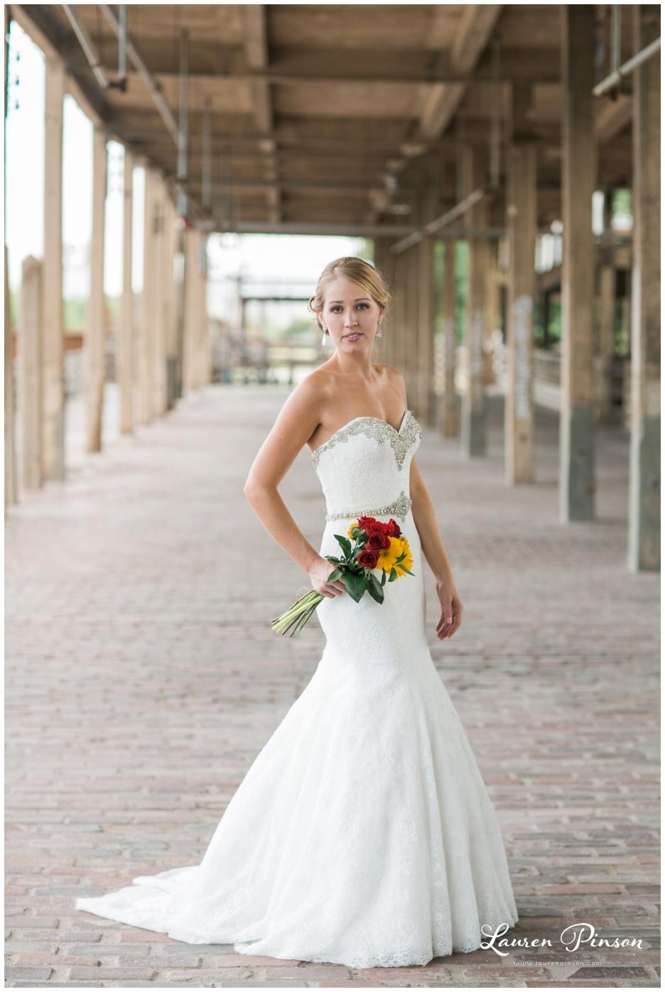 fort-worth-bridal-session-at-the-stockyards-fort-worth-wedding-photographer-wichita-falls-wedding-photographer_1329.jpg