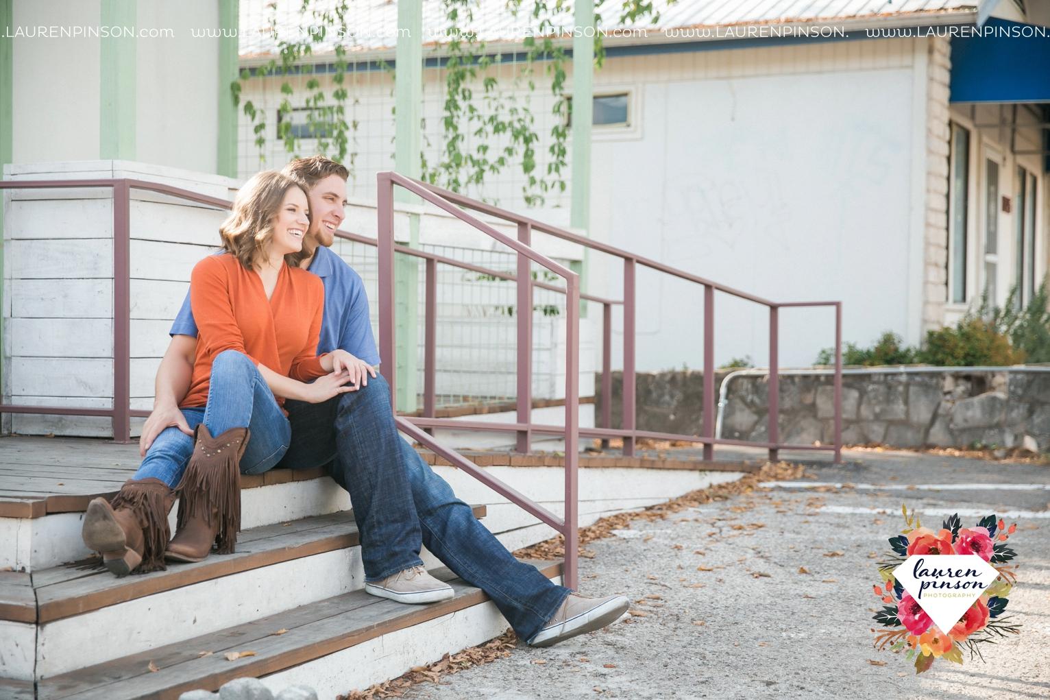 austin-texas-engagement-session-photography-by-wichita-falls-wedding-photgraphy-lauren-pinson_1382.jpg