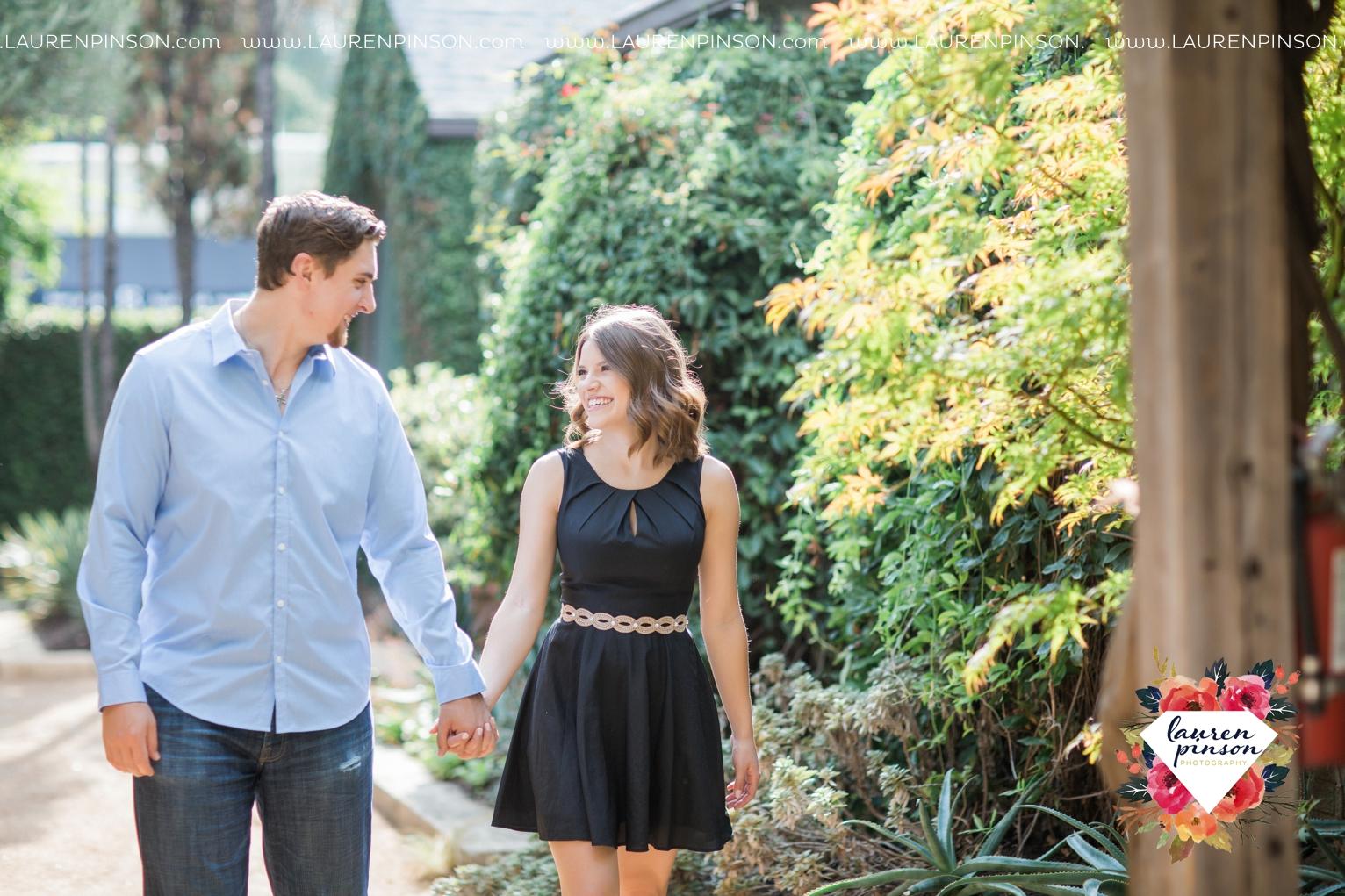 austin-texas-engagement-session-photography-by-wichita-falls-wedding-photgraphy-lauren-pinson_1390.jpg
