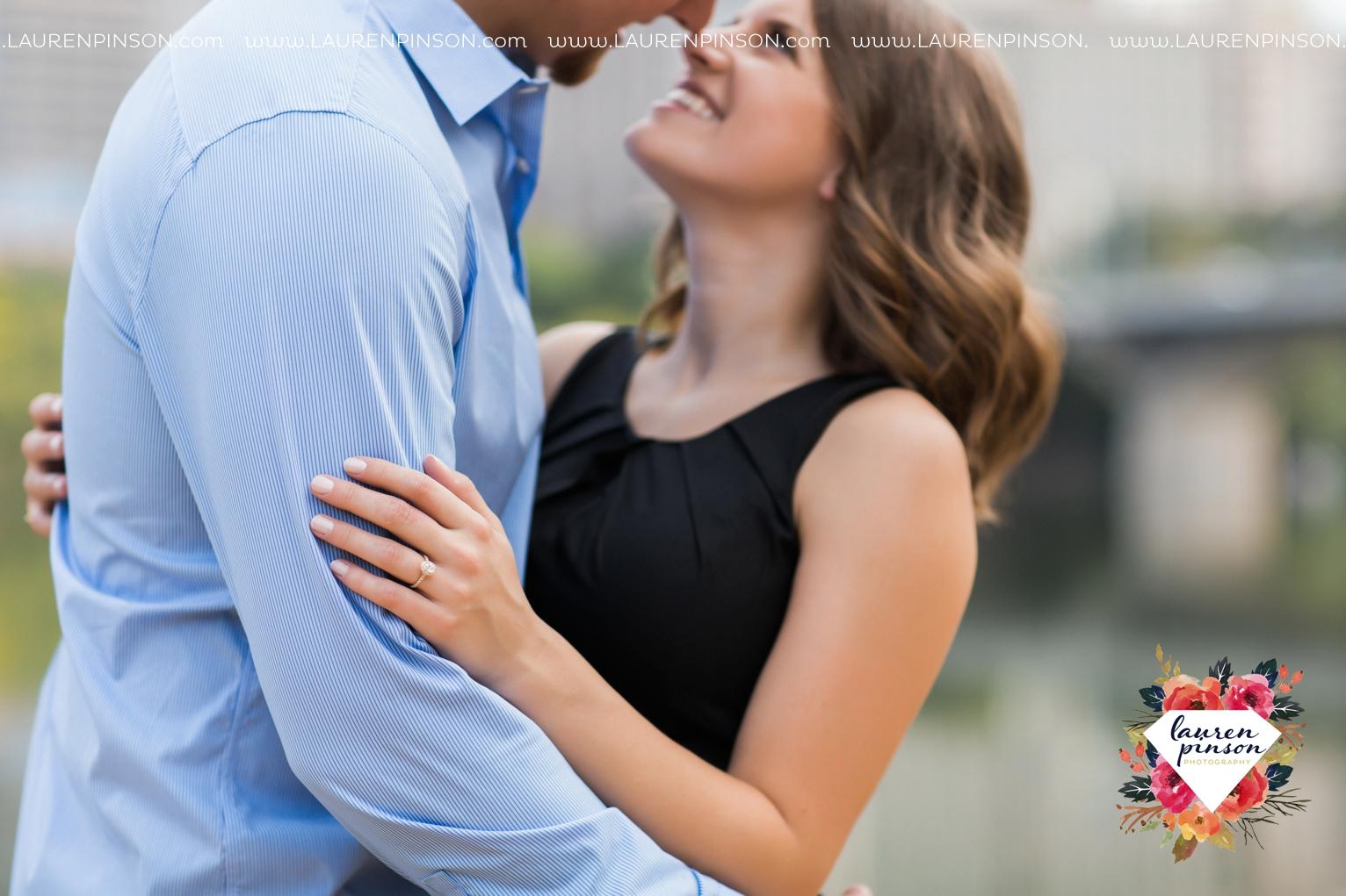 austin-texas-engagement-session-photography-by-wichita-falls-wedding-photgraphy-lauren-pinson_1404.jpg