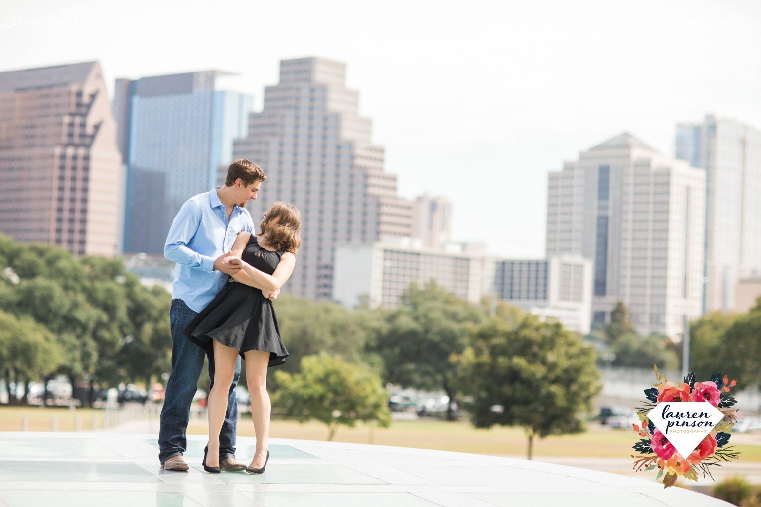 austin-texas-engagement-session-photography-by-wichita-falls-wedding-photgraphy-lauren-pinson_1410.jpg