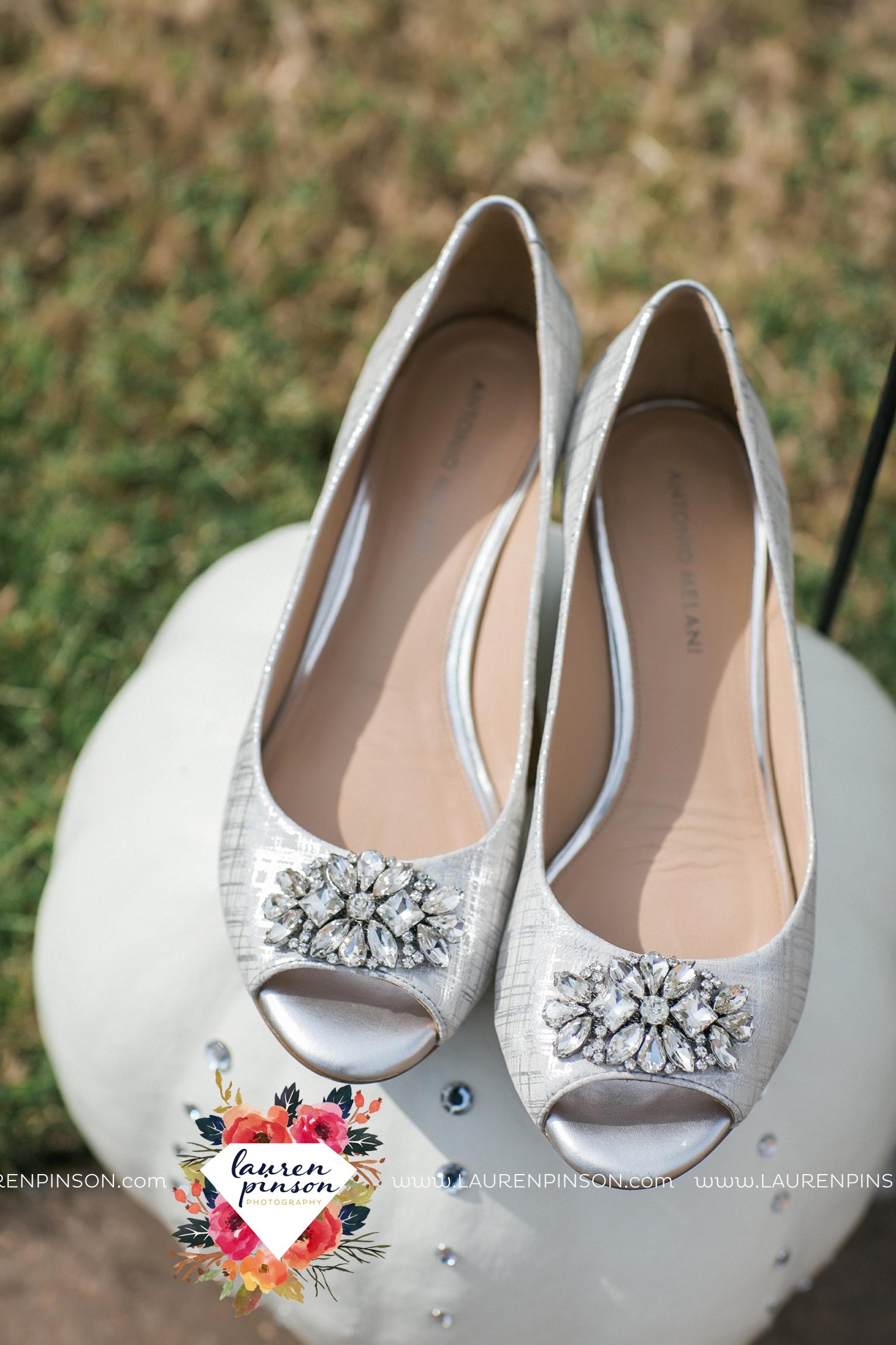 kemp-center-for-the-arts-wichita-falls-texas-wedding-photographer-fall-wedding-pumpkins-116.jpg