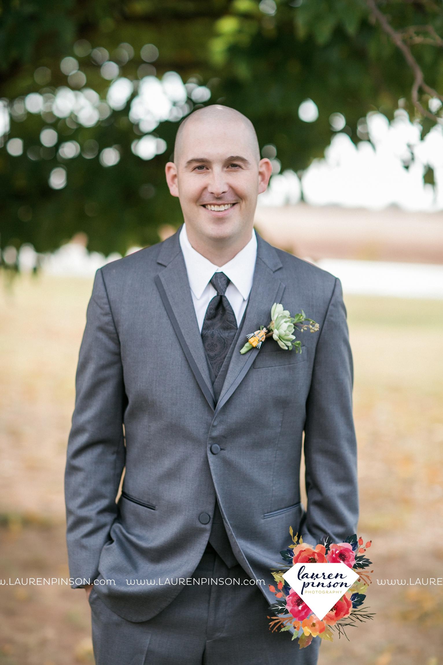 kemp-center-for-the-arts-wichita-falls-texas-wedding-photographer-fall-wedding-pumpkins-144.jpg