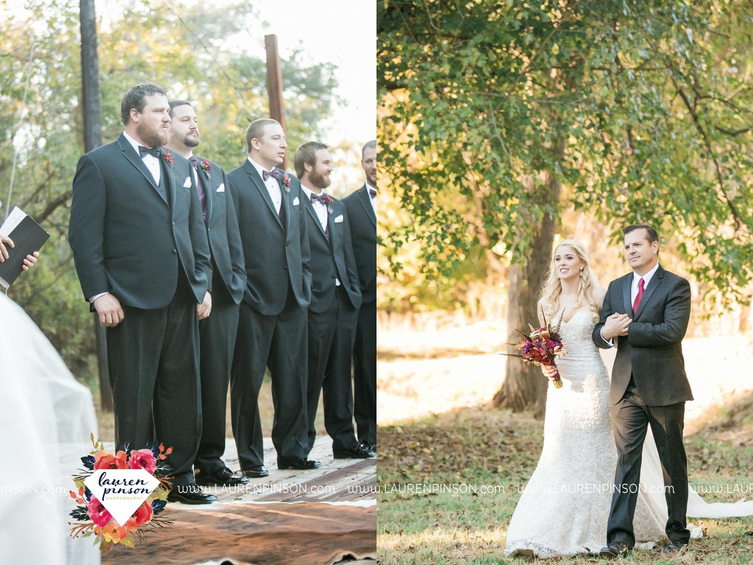rustic-wichita-falls-texas-wedding-photographer-gold-glam-mayfield-events-market-street-united-allue-bridals-fall_1677.jpg