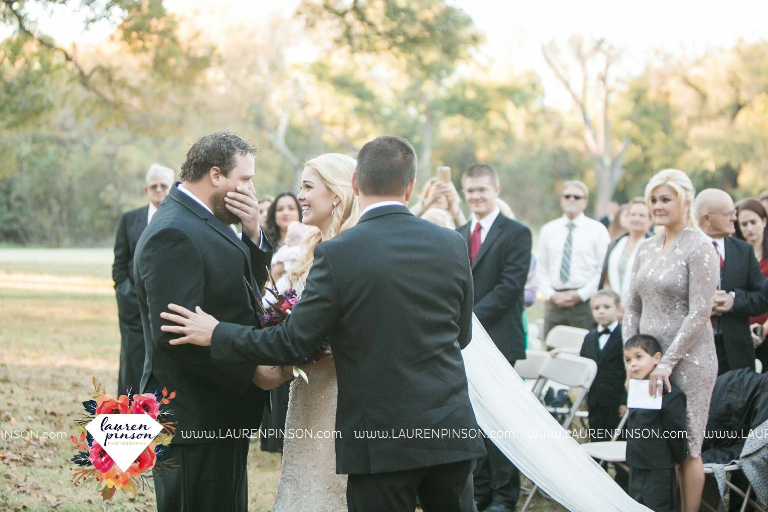 rustic-wichita-falls-texas-wedding-photographer-gold-glam-mayfield-events-market-street-united-allue-bridals-fall_1680.jpg