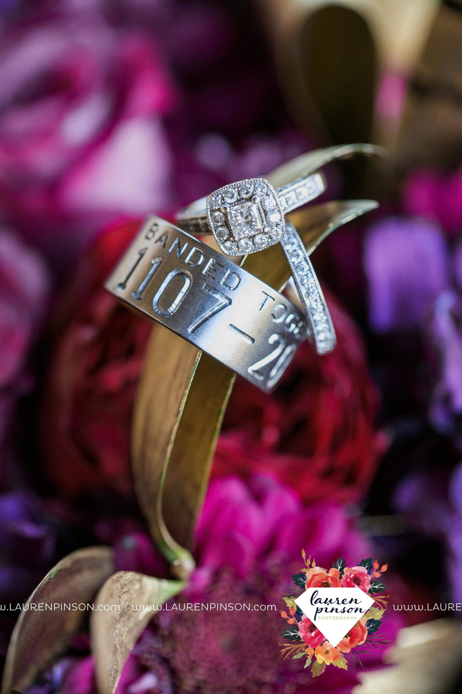 rustic-wichita-falls-texas-wedding-photographer-gold-glam-mayfield-events-market-street-united-allue-bridals-fall_1708.jpg