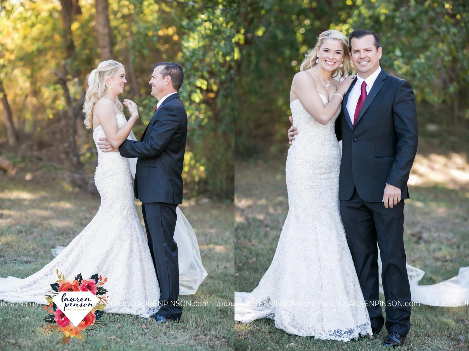 rustic-wichita-falls-texas-wedding-photographer-gold-glam-mayfield-events-market-street-united-allue-bridals-fall_1718.jpg
